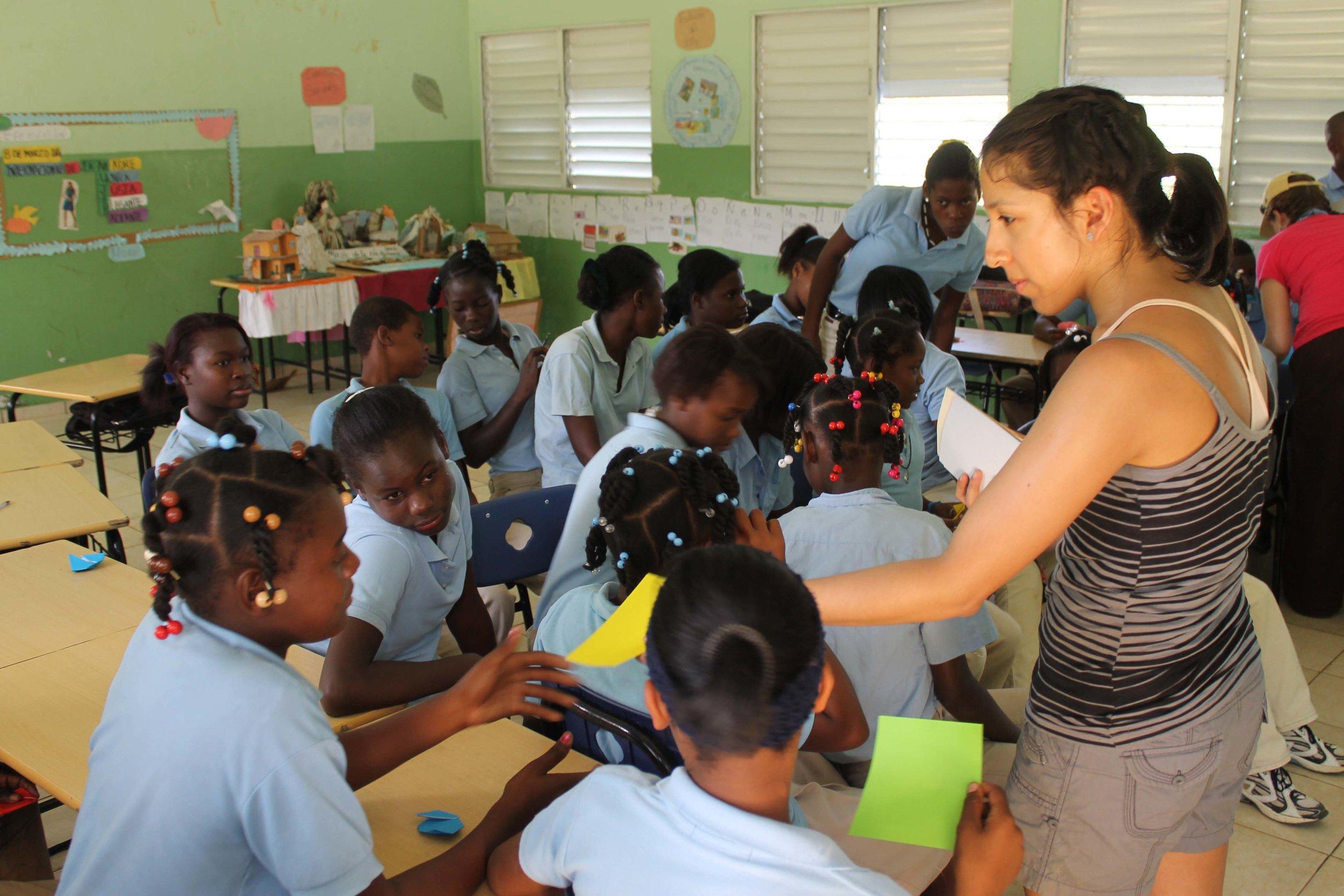 Volunteer in classroom