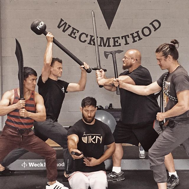 The battle between Mirth & @budjeffries rages on with @savageprotocols & @matthew_crispell joining the fray... - ...and @strongcamps vs. himself. - #onlinemovementuniversity #imoveminati #physicalculture #oldtimestrongman #weckmethod #savageprotocols #movement