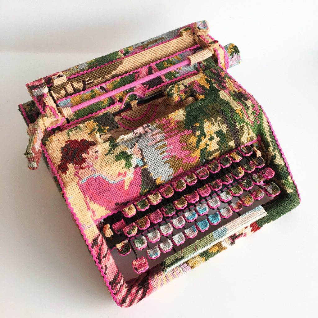 Painful work , Typewriter, Vintage-Embroidery