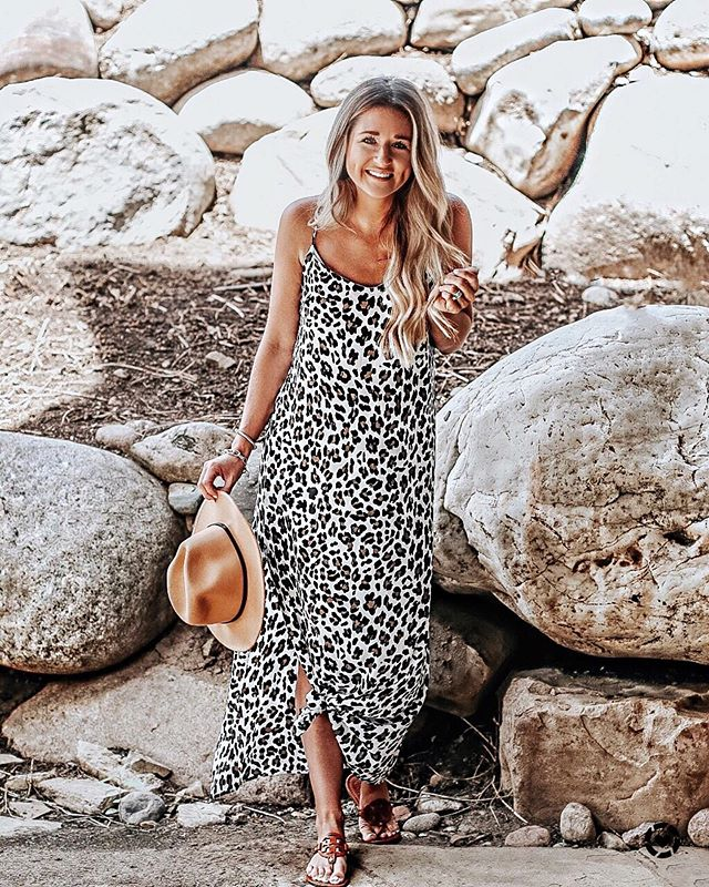 never met a leopard print i didn't like 🐆🖤 anyone else?? got LOTS of questions about this maxi from @thepinklilyboutique, so here it is! (fits tts & i'm in a size S) shop it + all other outfit deets by downloading & following me in the FREE @liketoknow.it app! http://liketk.it/2Culn  #liketkit #pinklilystyle #pinklilyboutique