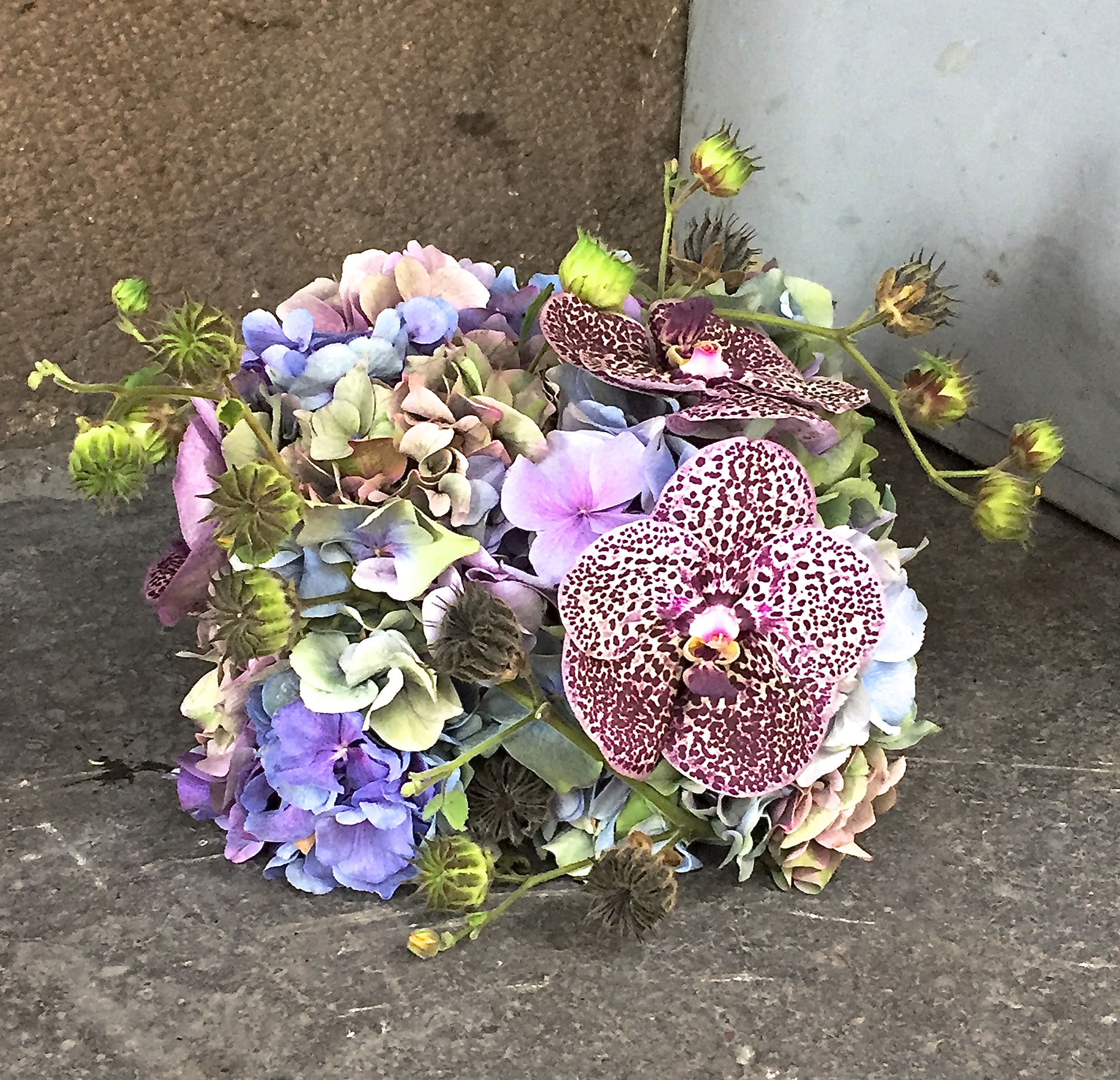 Petit flower box inspired by   Catherine Muller's   concept class in Paris.