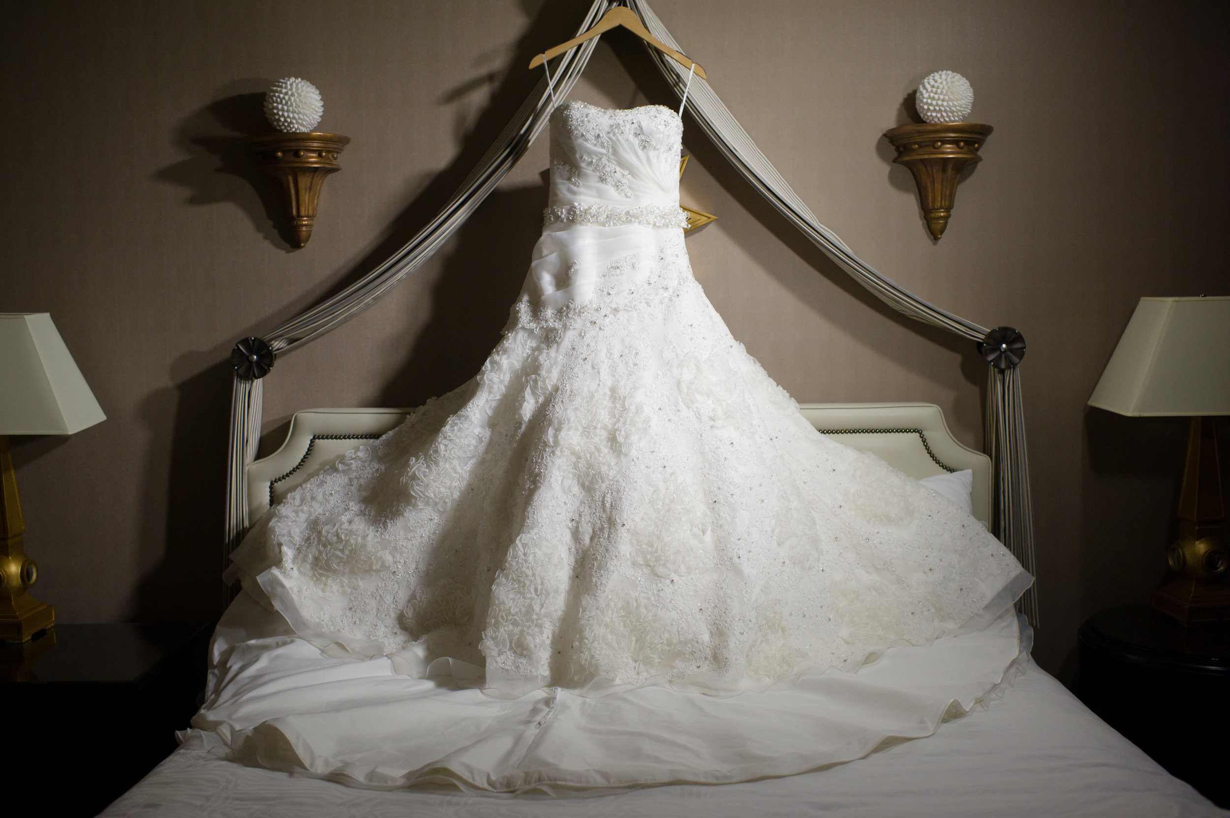 Atelier Ashley Wedding at Oxon Hill Manor by Lisa Boggs