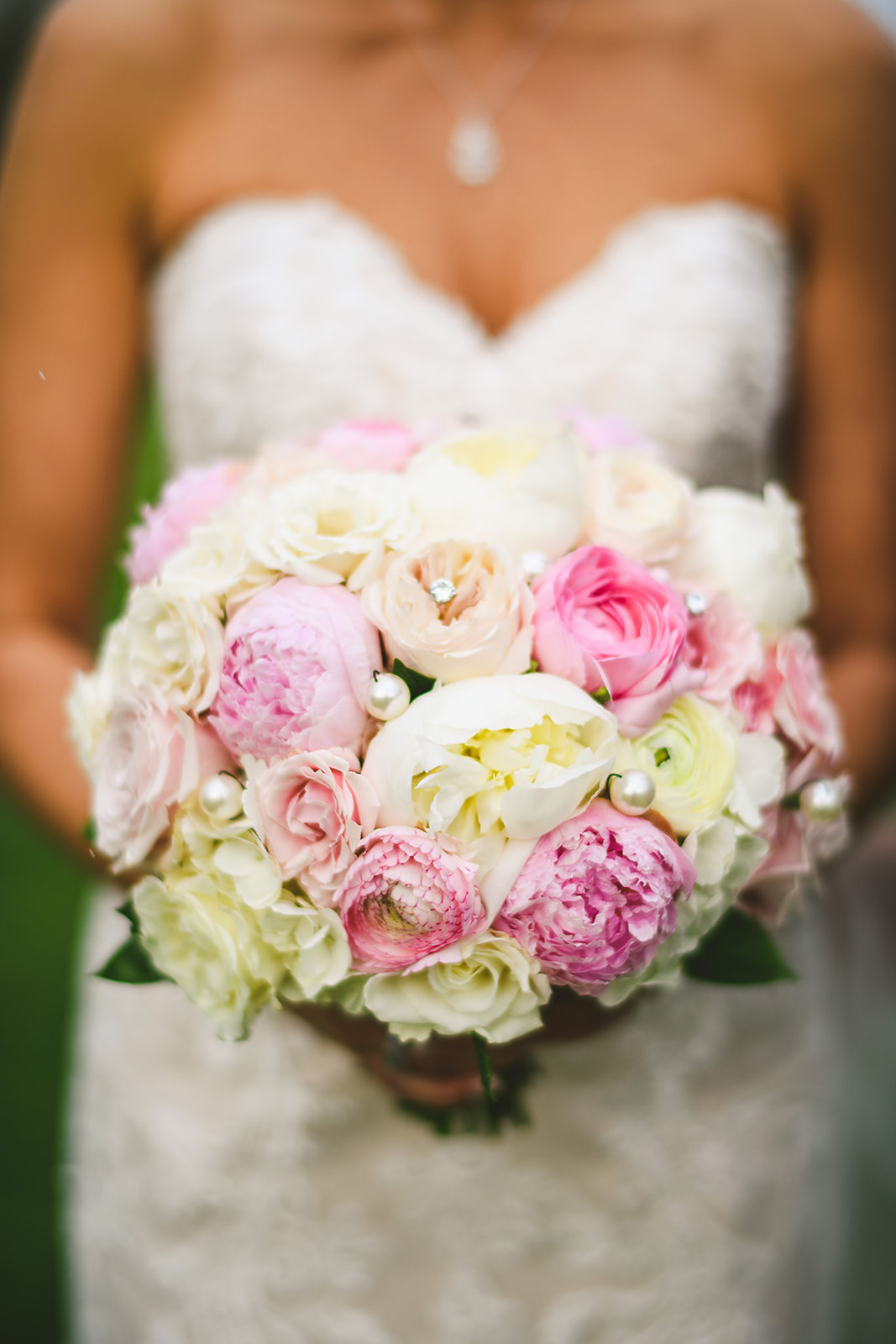 Atelier Ashley Flowers + Sam Hurd Photography + Washington Golf and Country Club + Diamond and Pearl Wedding + pink and white + pink and white flowers + bouquet with pearls + bouquet with diamonds + white peonies + pink peonies