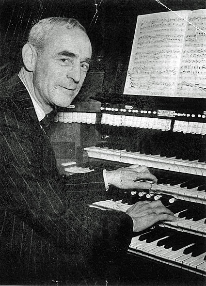 Herbert Davis.jpg