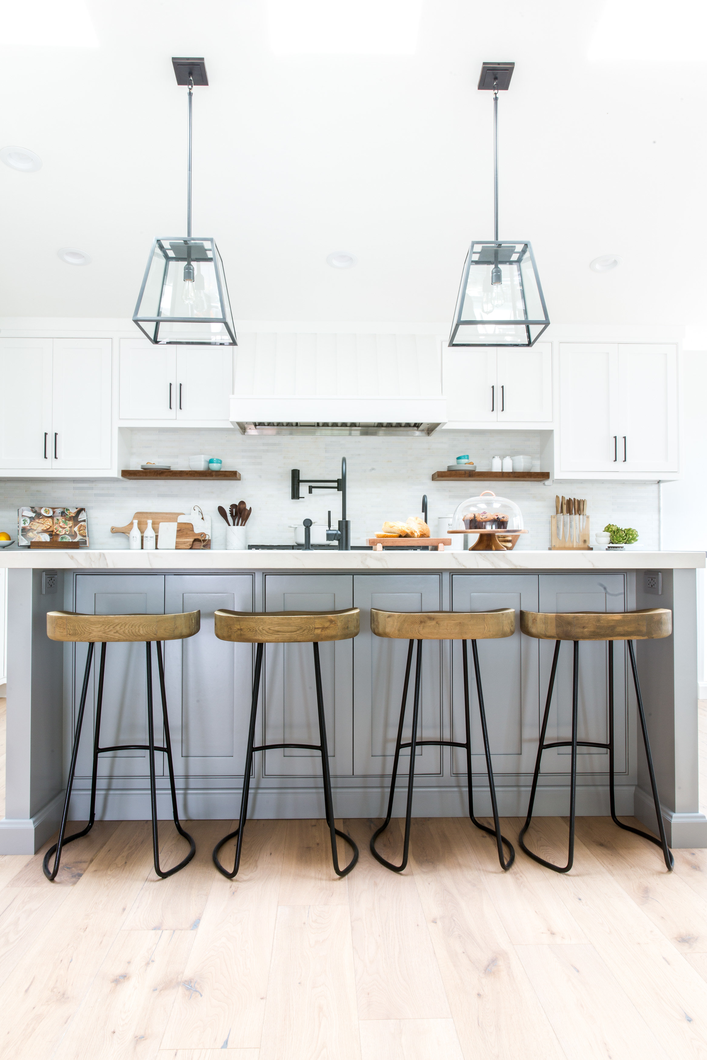 WHITE MARBLE COUNTERTOPS - Carrara, Calacatta or maybe even Pacific White Marble for an elegant and timeless Modern Farmhouse kitchen design.Image by Lindye Galloway Interiors