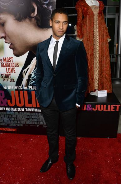 Elliot+Knight+Romeo+Juliet+Premieres+Hollywood+QgMg0OJUnTgl.jpg