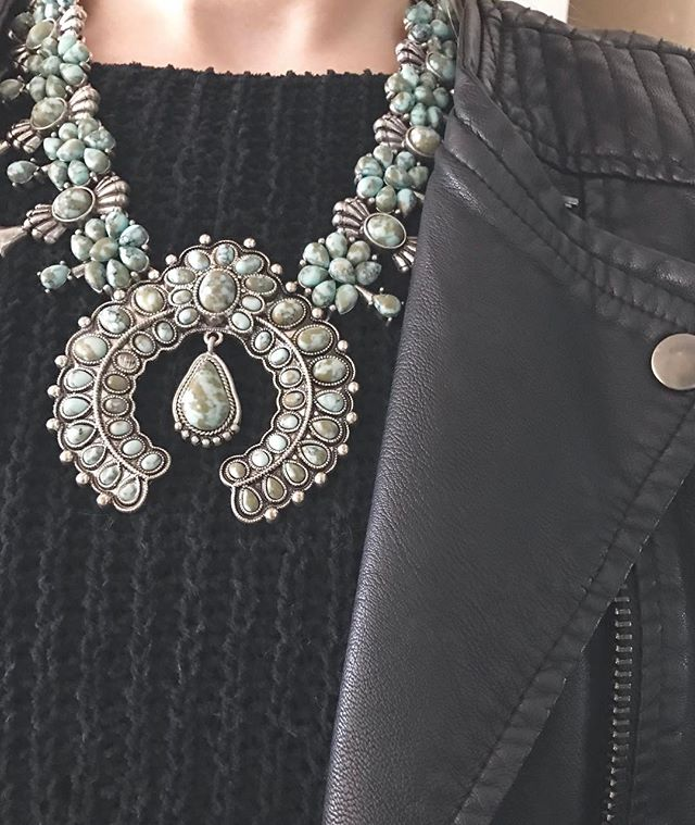 All about those statement pieces to turn up an otherwise basic outfit.  Find ones that you love and speak to your style and then challenge yourself to use them with outfits you wouldn't expect! #StyleTips #StatementNecklace #ootd