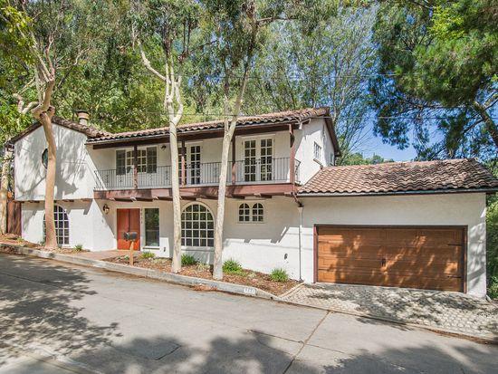 9033 Hollywood Hills Rd - $1,265,000