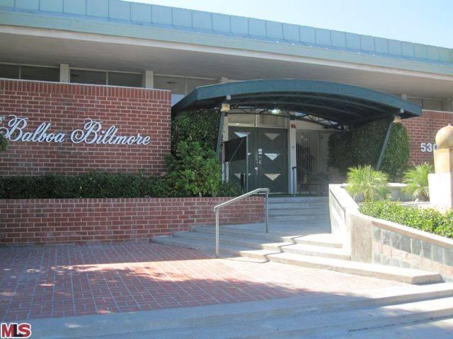 5301 Balboa Blvd #H17 - $310,000