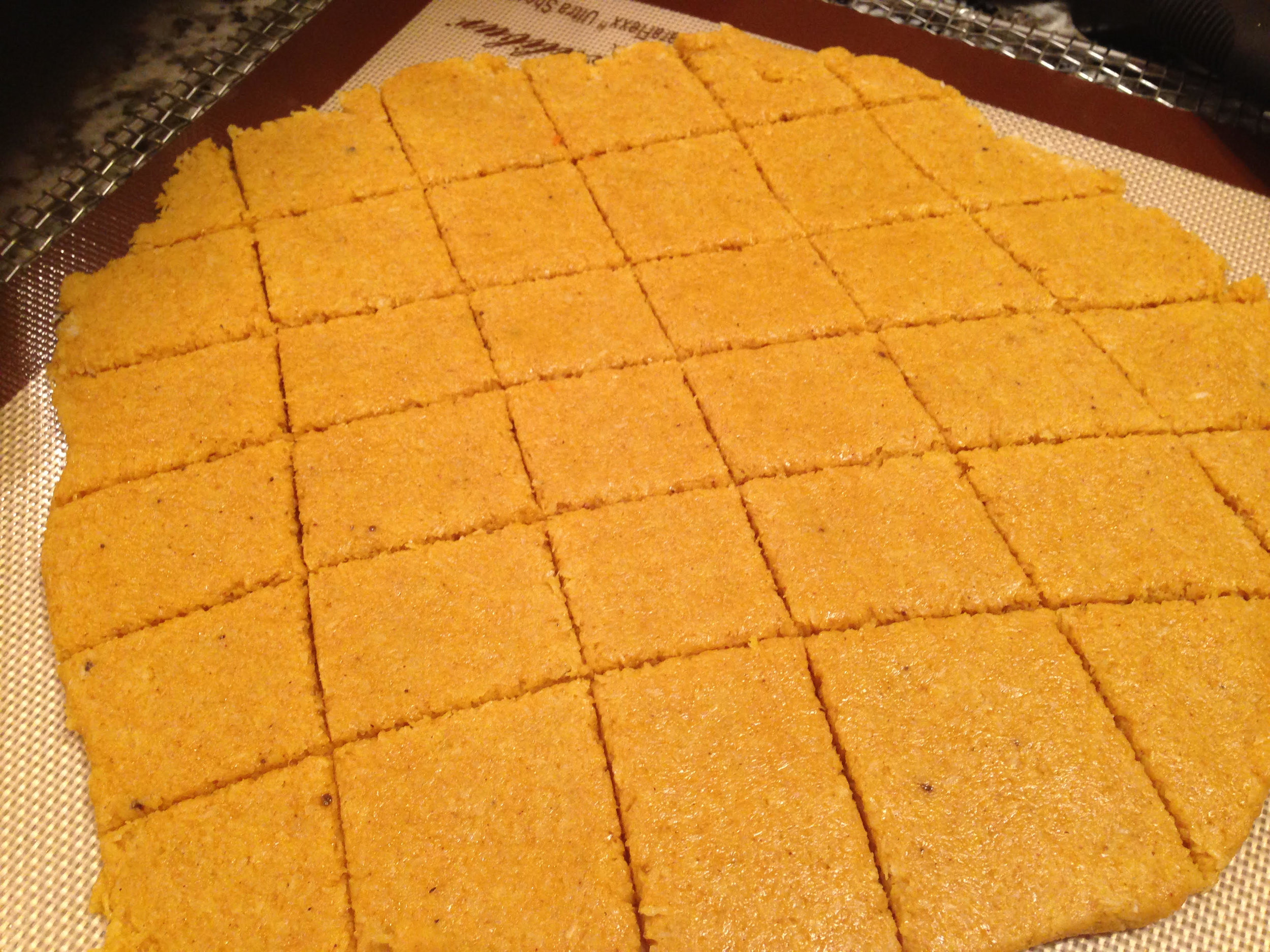 pumpkin-crackers-2.jpg