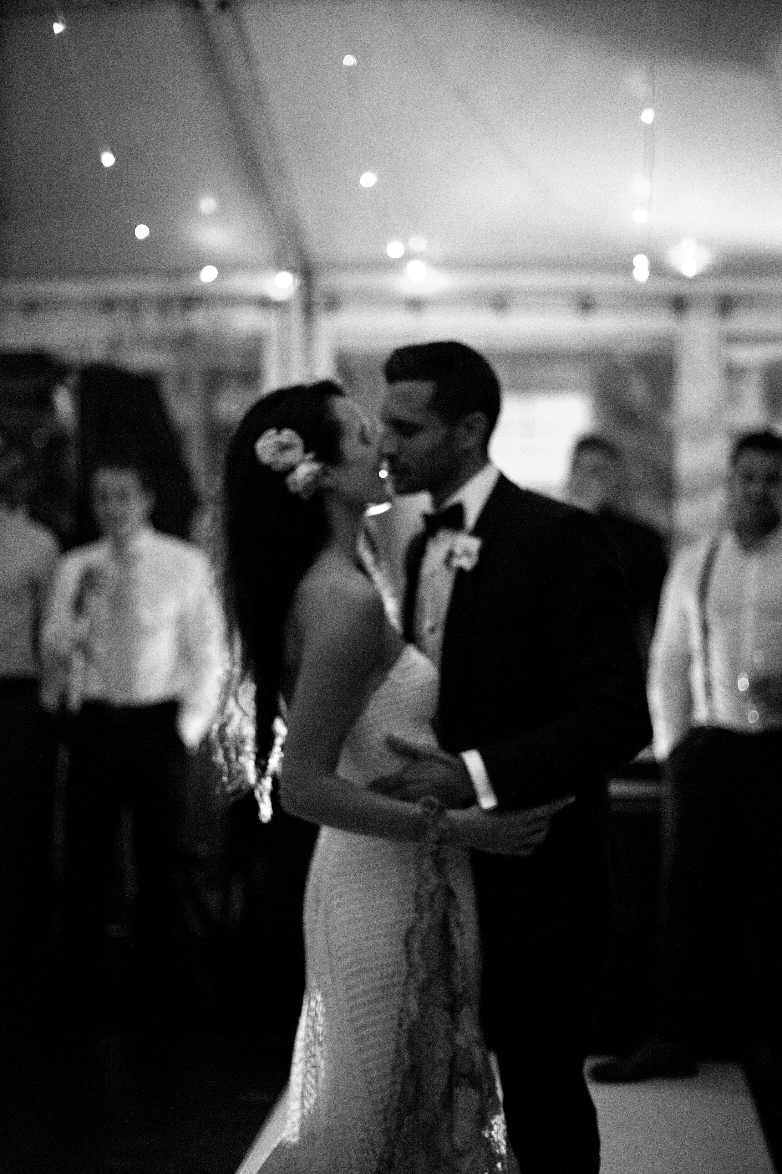 Ashleigh & Michael Royal Botanic Gardens Sydney Wedding Photography Ella Ottaviano