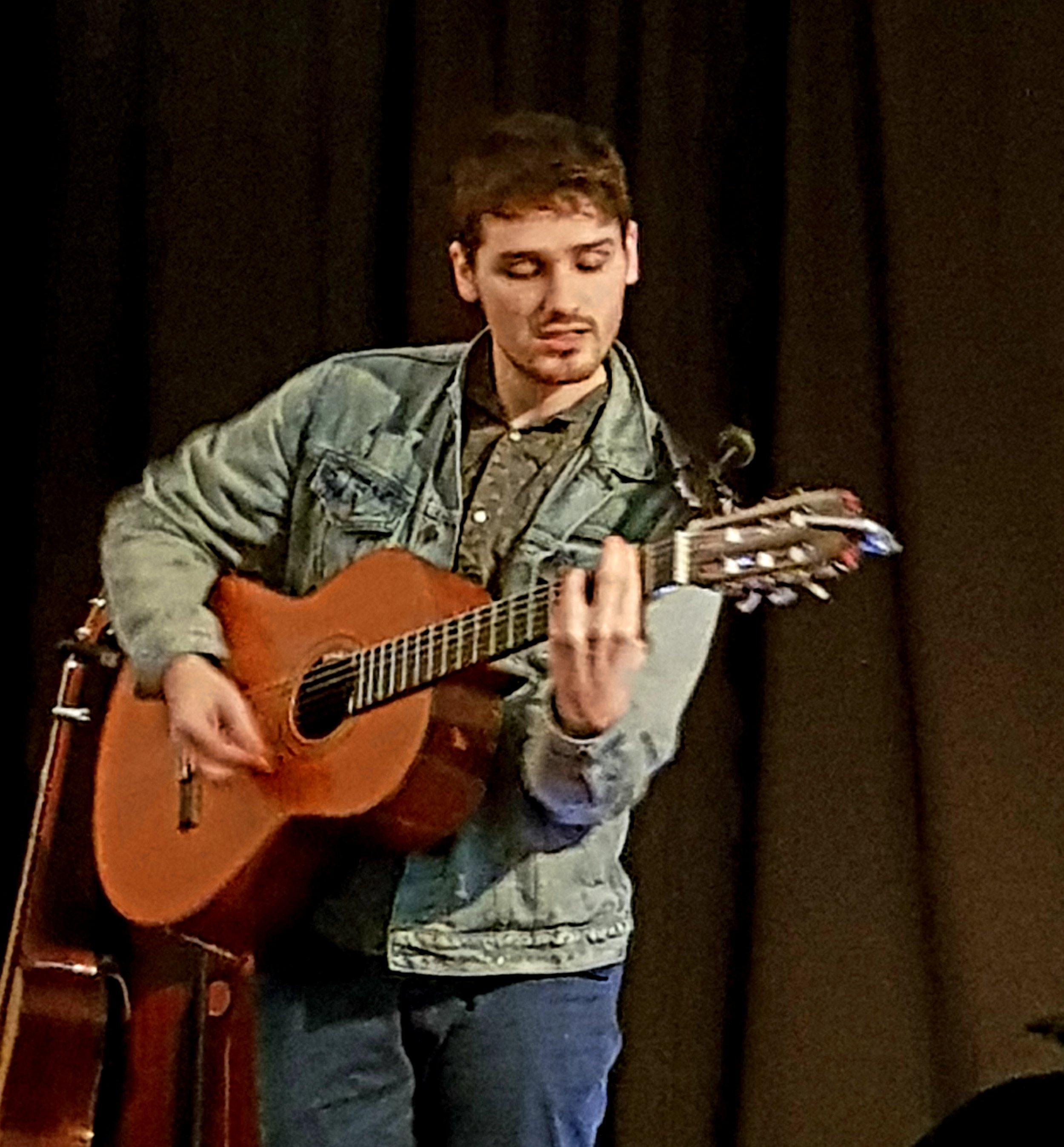 Dom Prag at Bradninch Folk Club, November 2018
