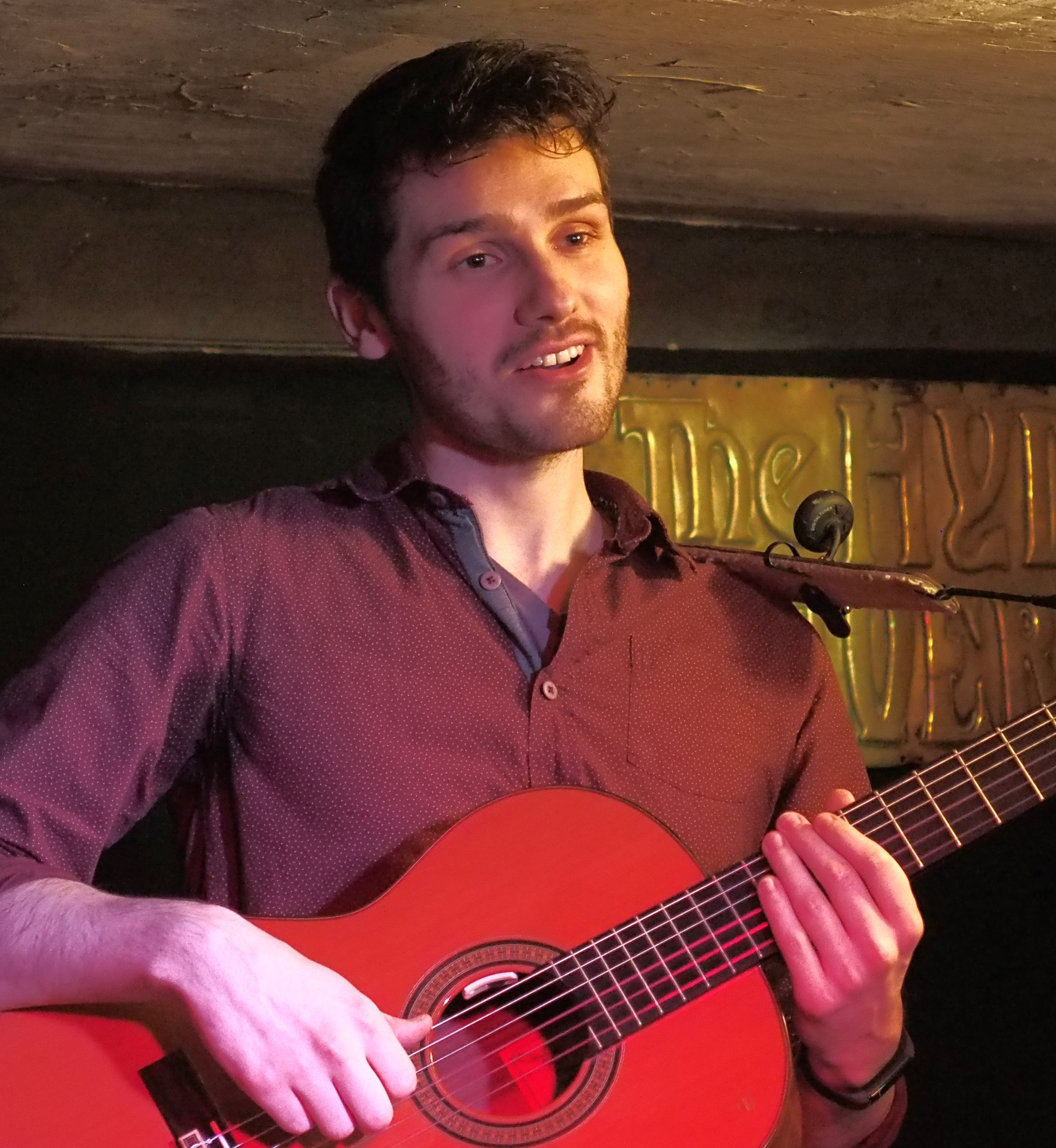 Dom Prag at Winchester Folk Club December 2018