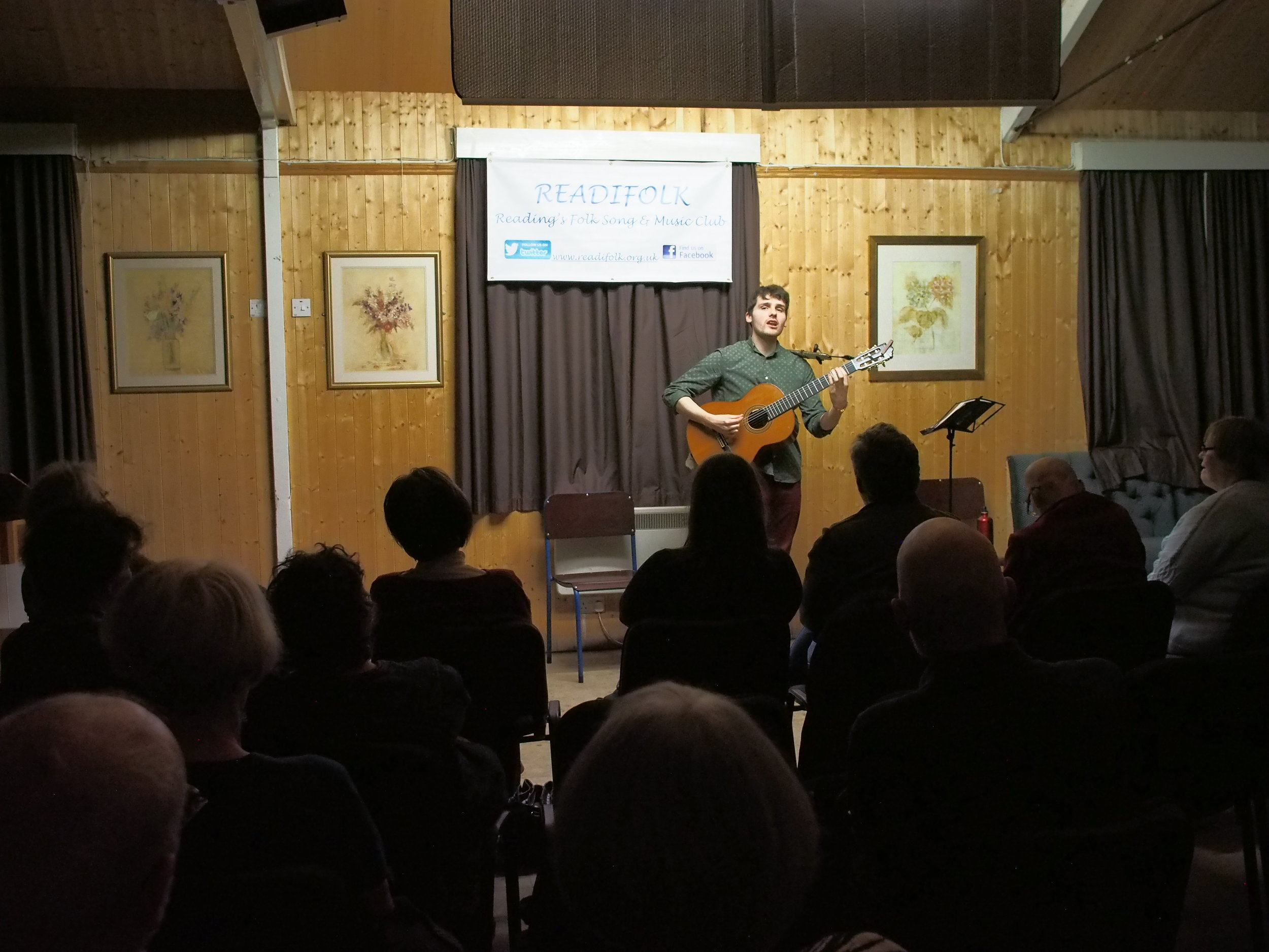 Dom Prag at Readifolk, March 2019