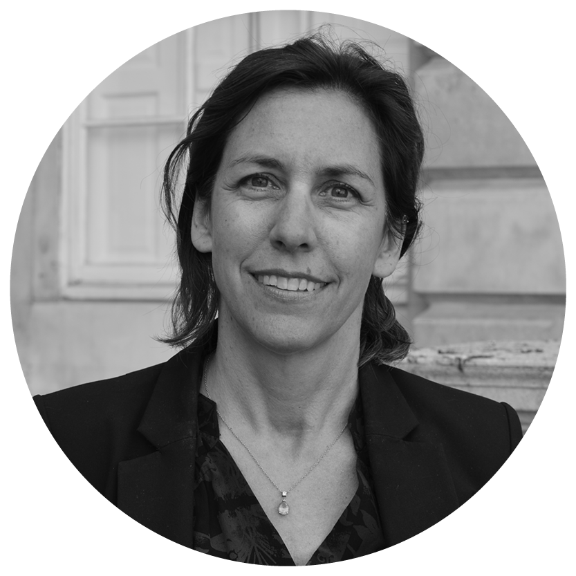 Clare Brook_ - Clare is the CEO of BLUE. Before this, she was a pioneer of environmental investing. As a SRI fund manager and then Head of Socially Responsible Investment at Aviva, Claire aims to combine the rigour of the investment world with her passion for solving environmental problems