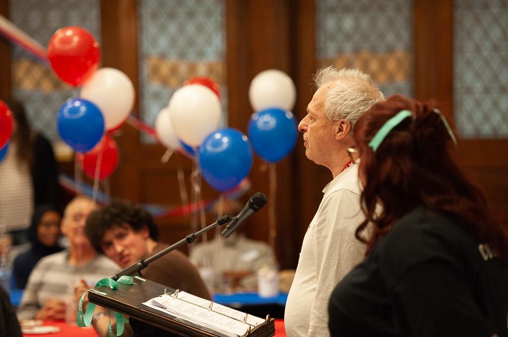 BethProj volunteer din-118.jpg