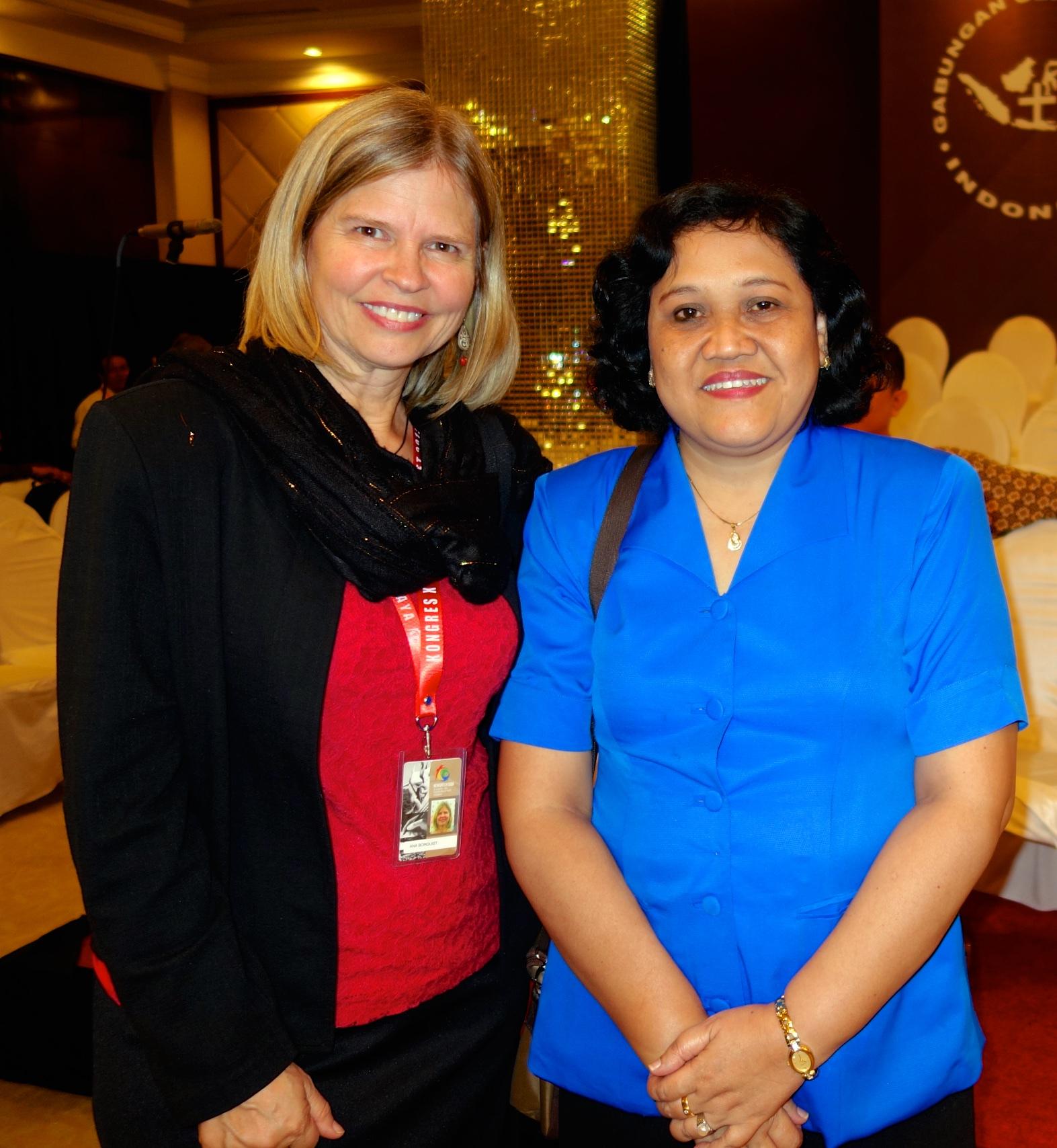2015-03-10-Surabaya-UIBC-congress-Ann-RIna-2525.jpg
