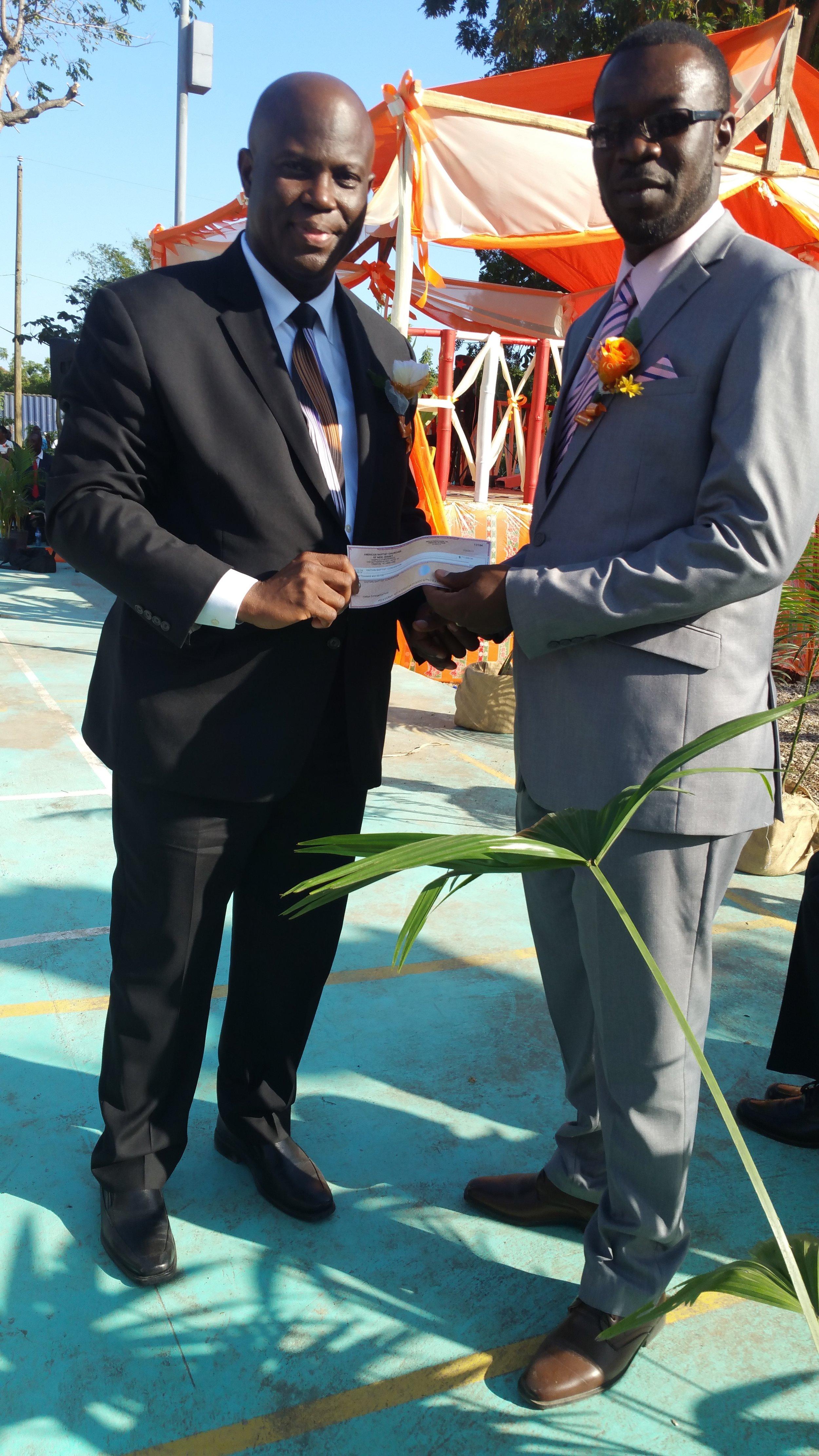 ABCNJ provides a $1,000 donation to Haitian Baptist Hospital.
