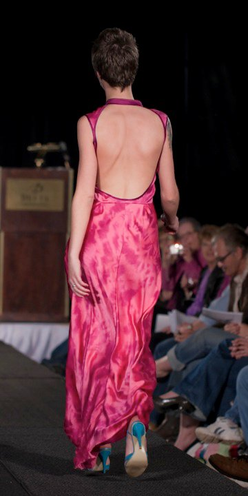 pink dress back.jpg