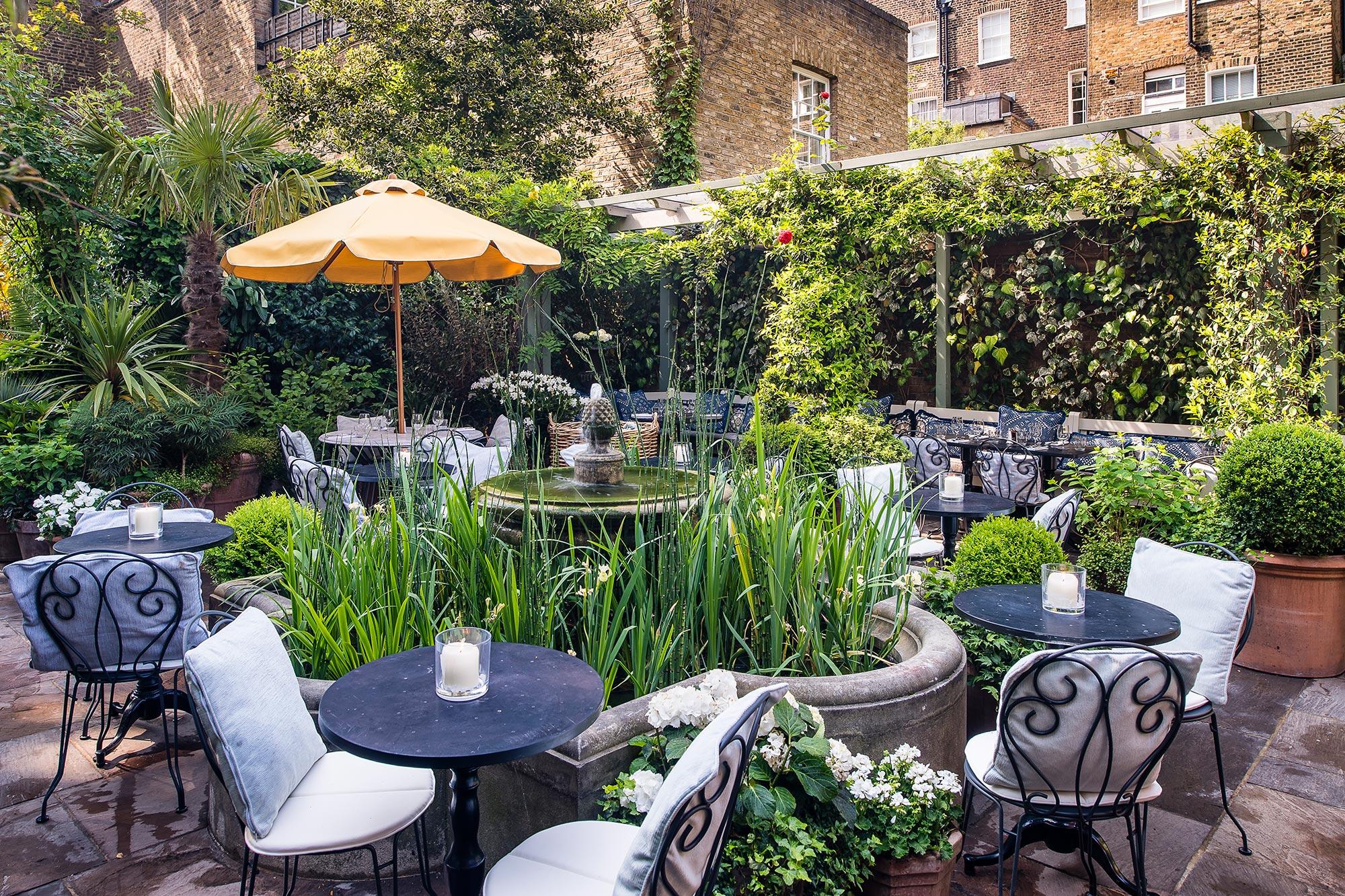 The-Ivy-Chelsea-Garden-Summer-Garden-13-1.jpg