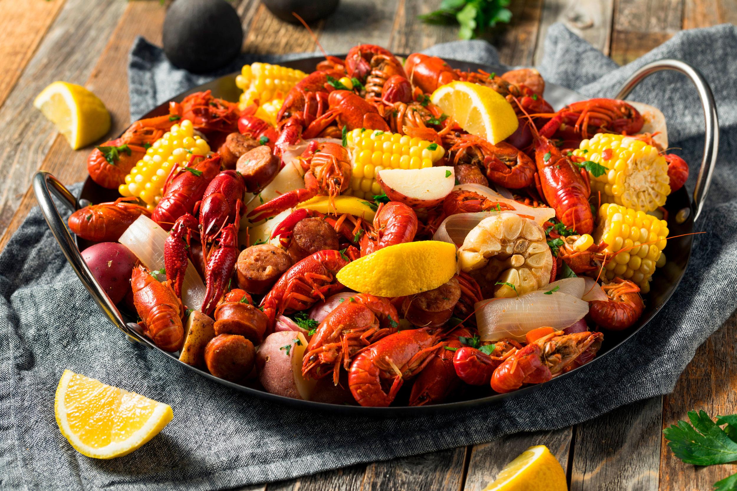 shutterstock_1015153249-seafood-boil.jpg