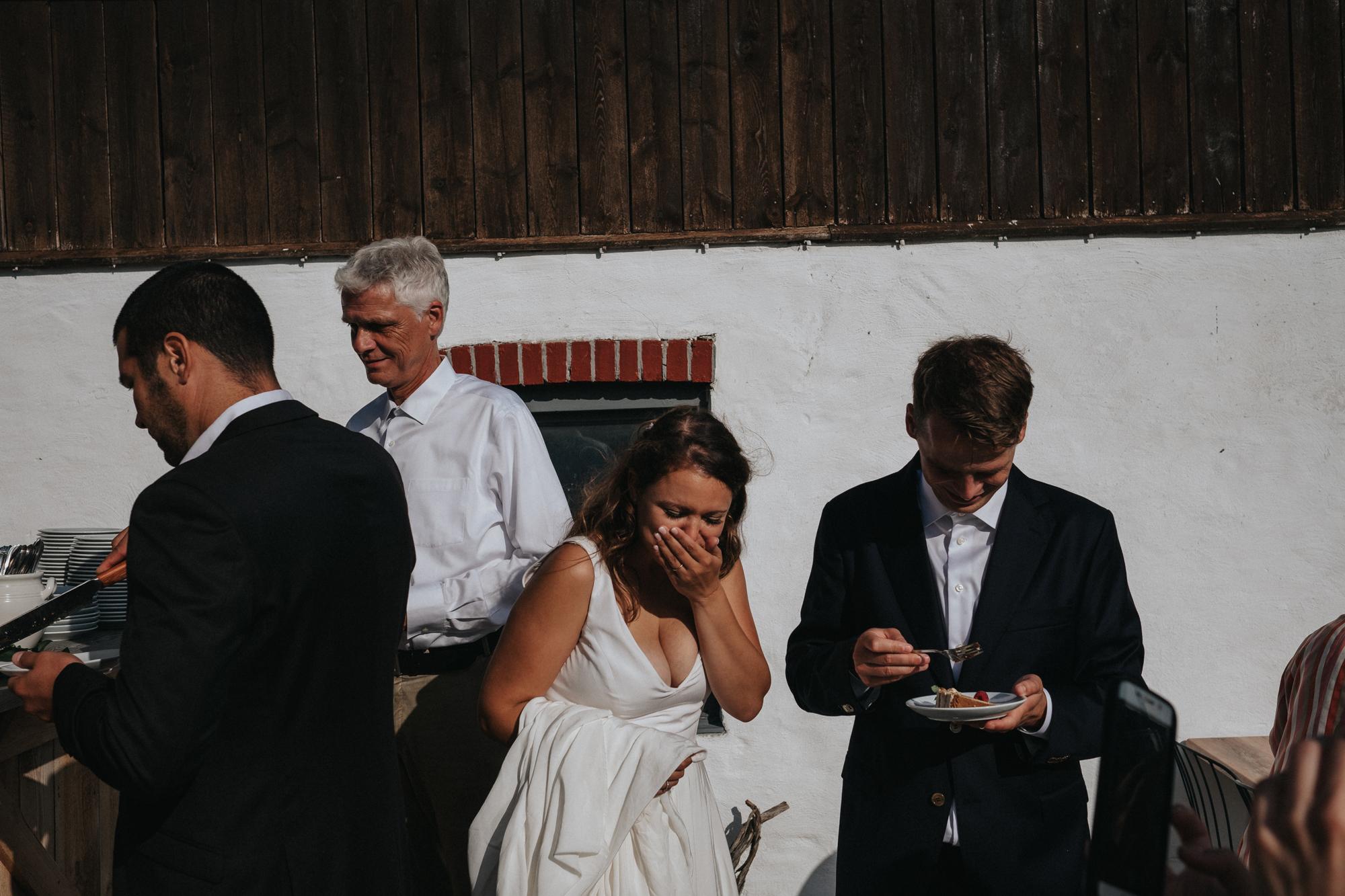 049-bröllop-gåsemora-gårdskrog-neas-fotografi.jpg
