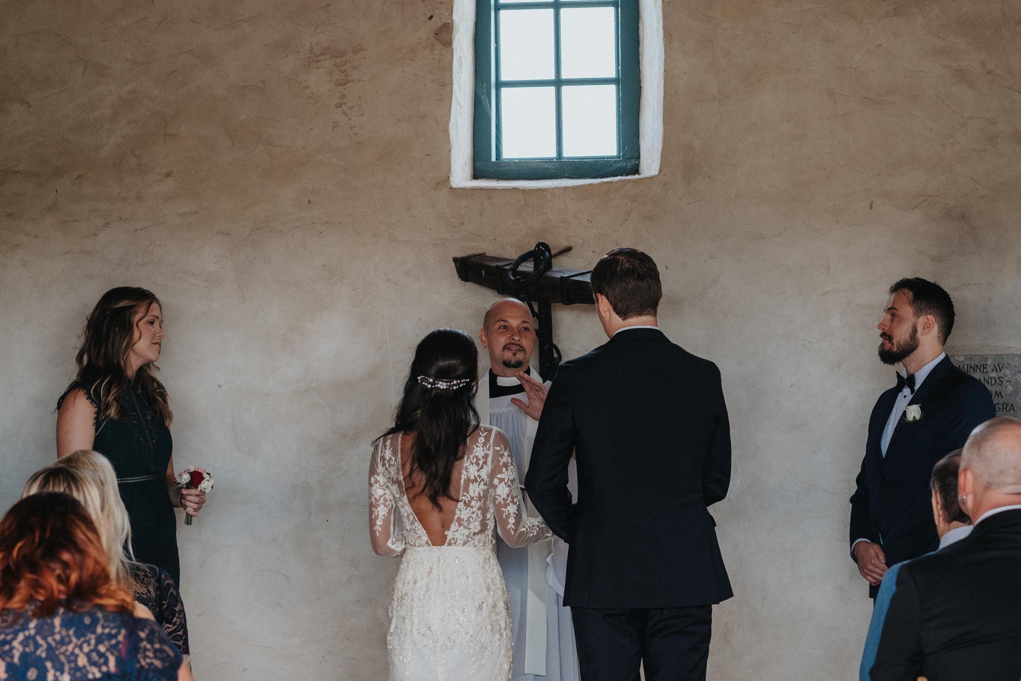 009-bröllop-kovik-gotland-neas-fotografi.jpg