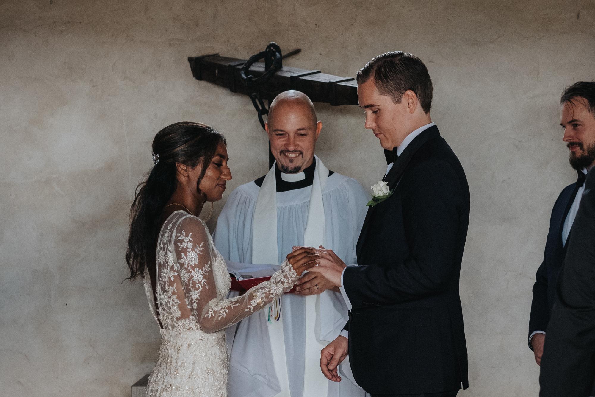 012-bröllop-kovik-gotland-neas-fotografi.jpg