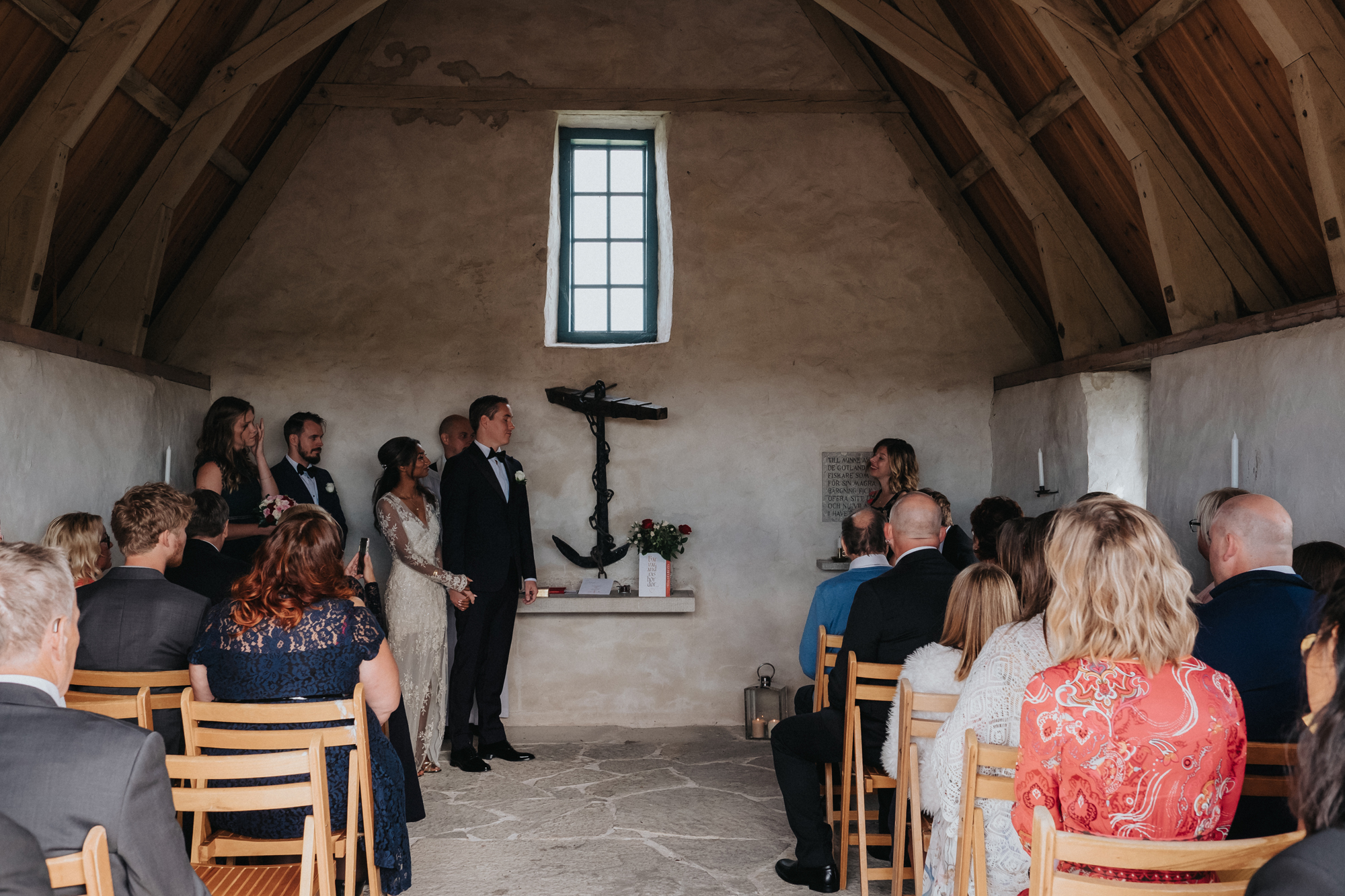 014-bröllop-kovik-gotland-neas-fotografi.jpg