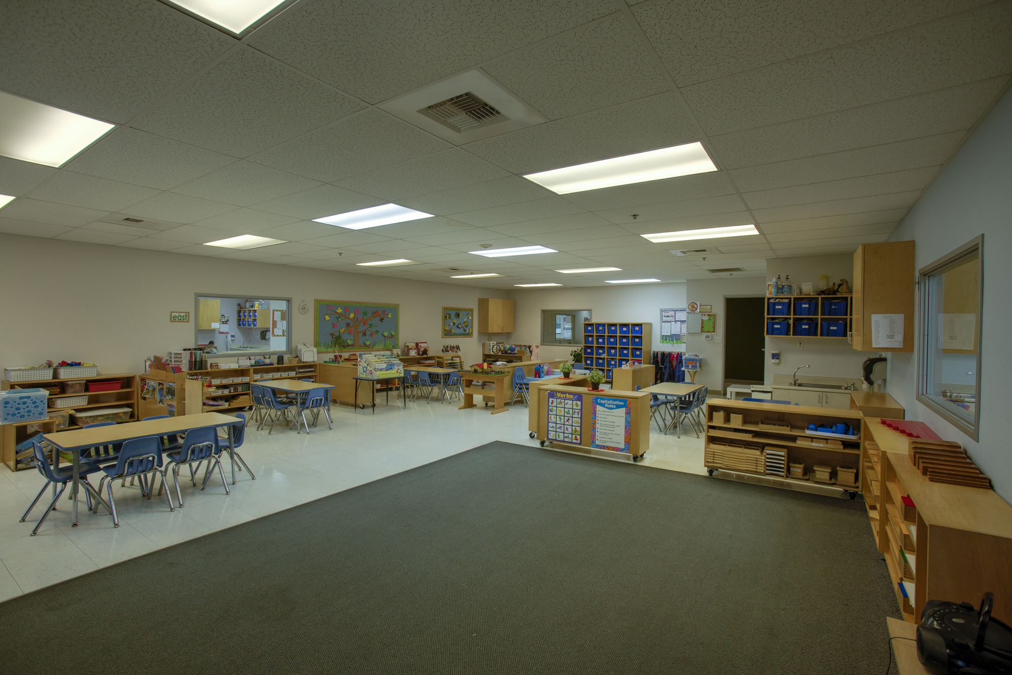 Little-Blossom-Montessori-Preschool-and-Daycare-Services-Sacramento-Natomas_27.jpg
