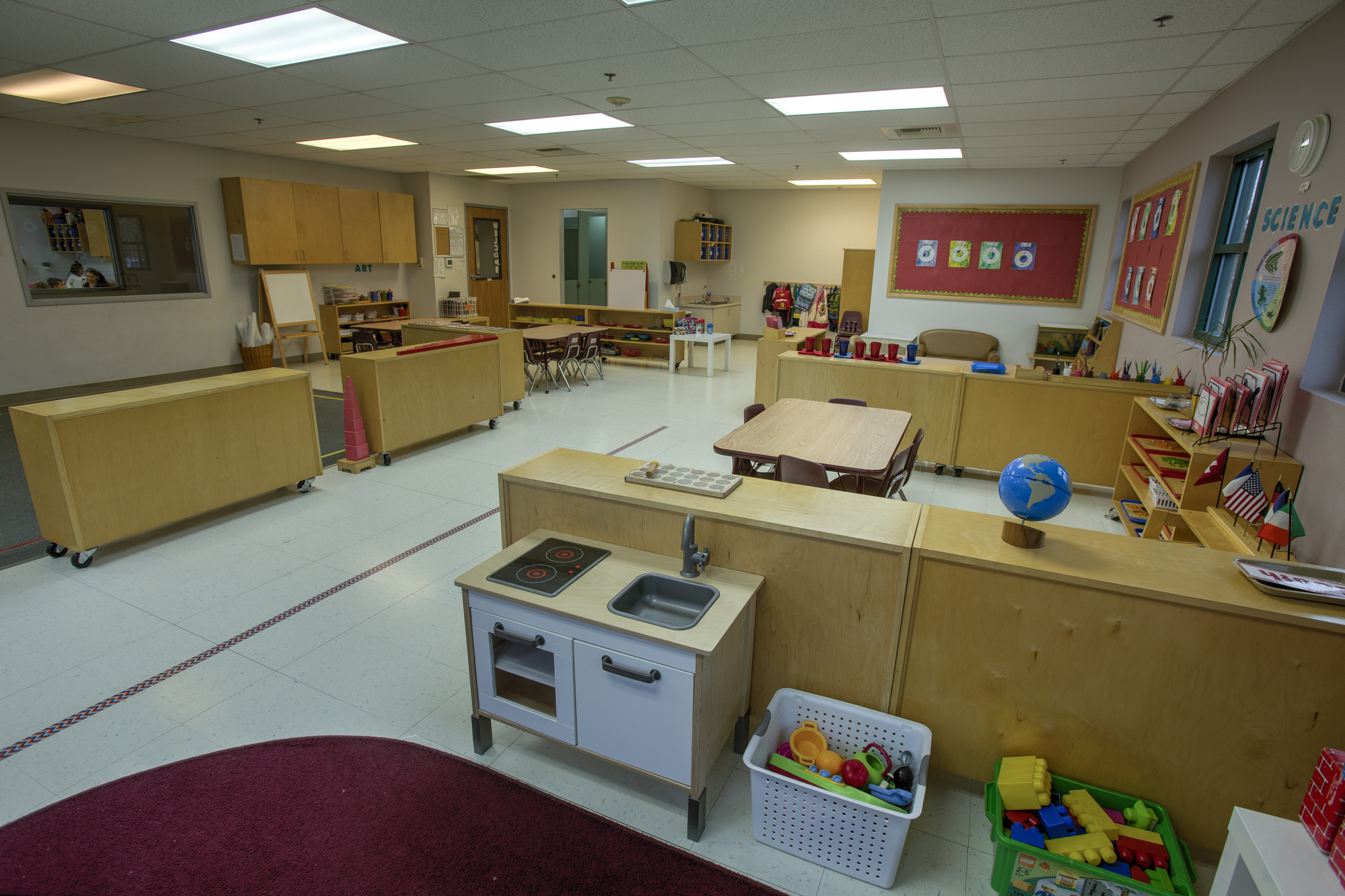 Little-Blossom-Montessori-Preschool-and-Daycare-Services-Sacramento-Natomas_19.jpg