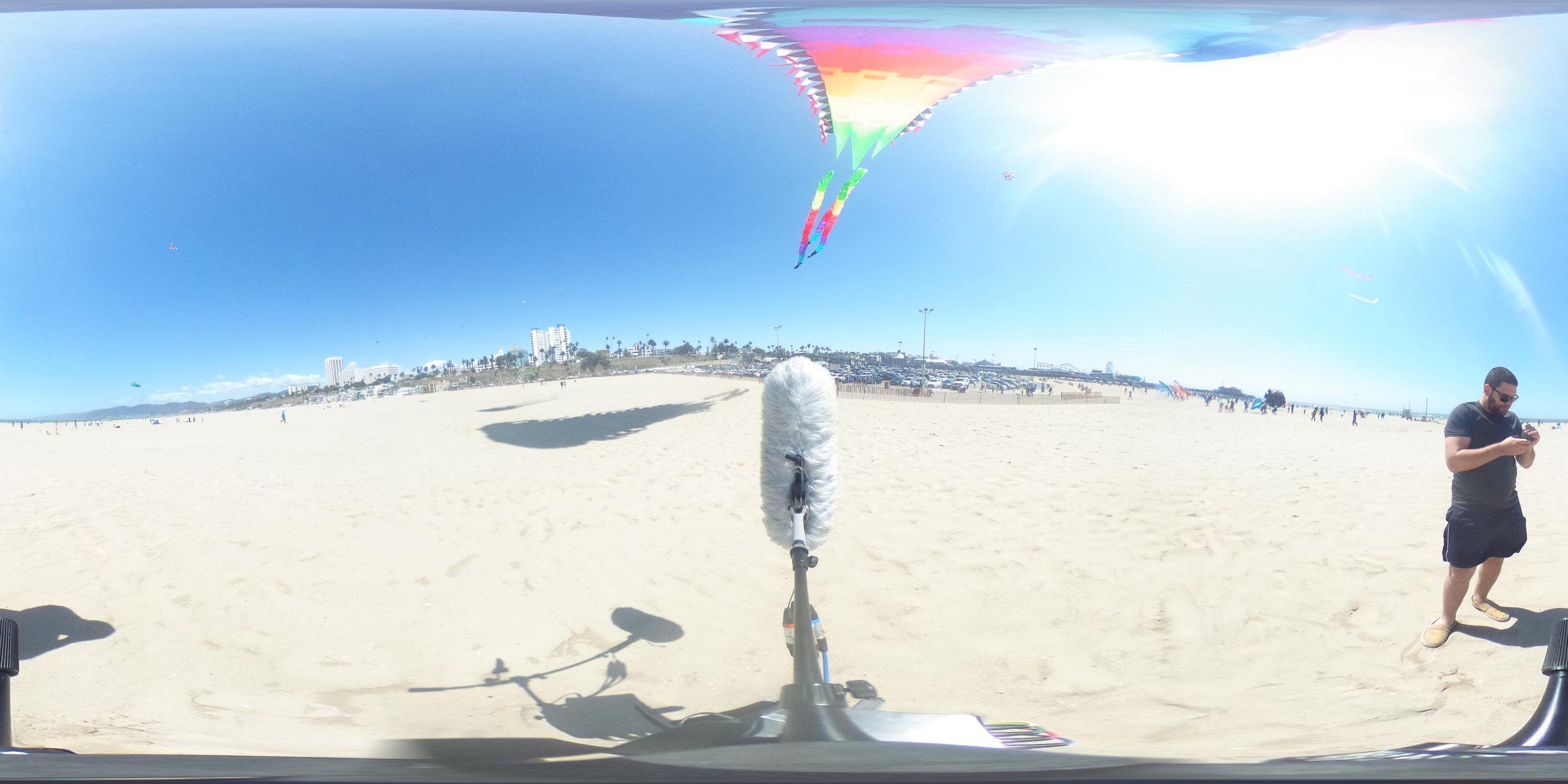 EXT_Day_Beach_HeavyWind_KiteOverhead_WindThroughFabric_TonalWind_DistantWalla_DistantPlaneOverhead_JPEG.JPG