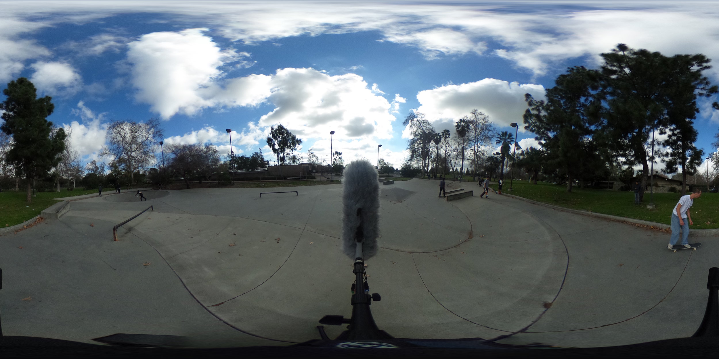 EXT_Day_Skatepark_SmallGroupsTalking_SkateboardBys_360PictureReference.JPG