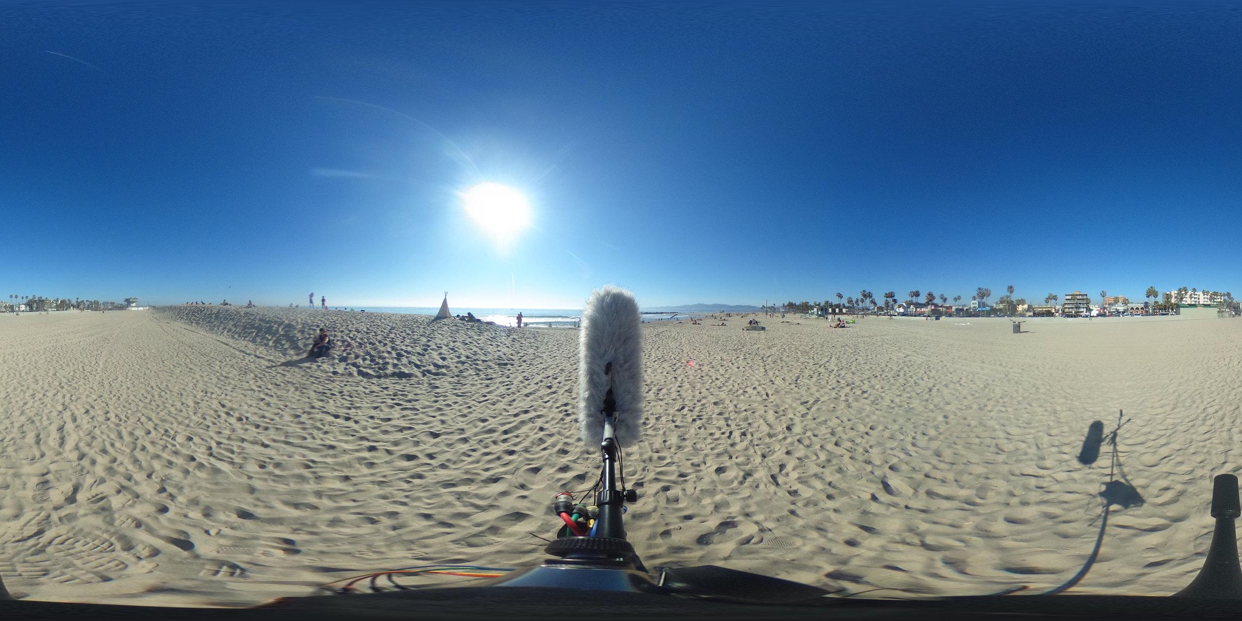 EXT_Day_Beach_MediumWaves_MediumToDistantMotorBoats_DistantSeaGulls_SporadicDistinctVoices_JPEG.JPG