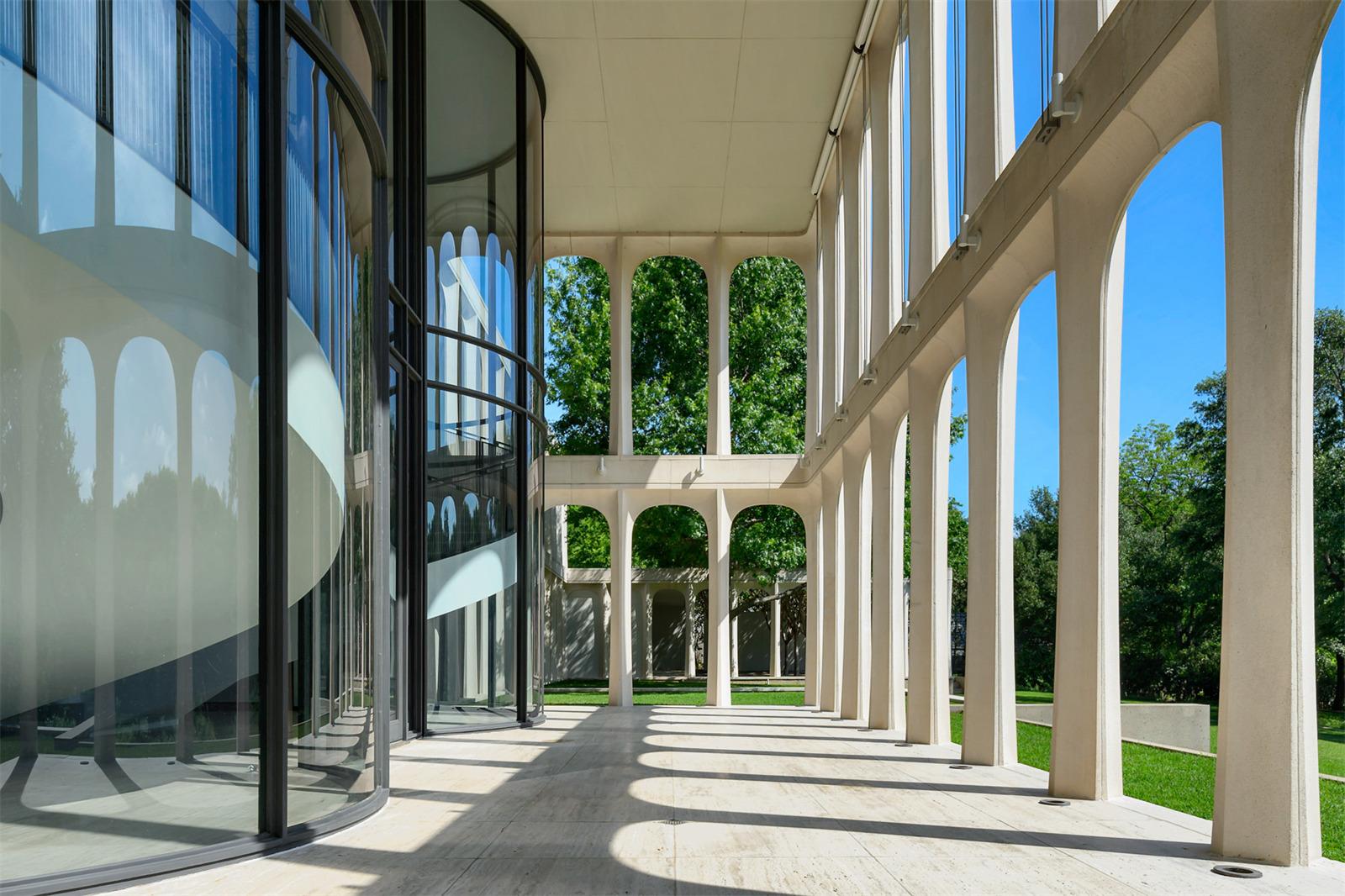 Architect Philip Johnson Home, Texas.jpeg