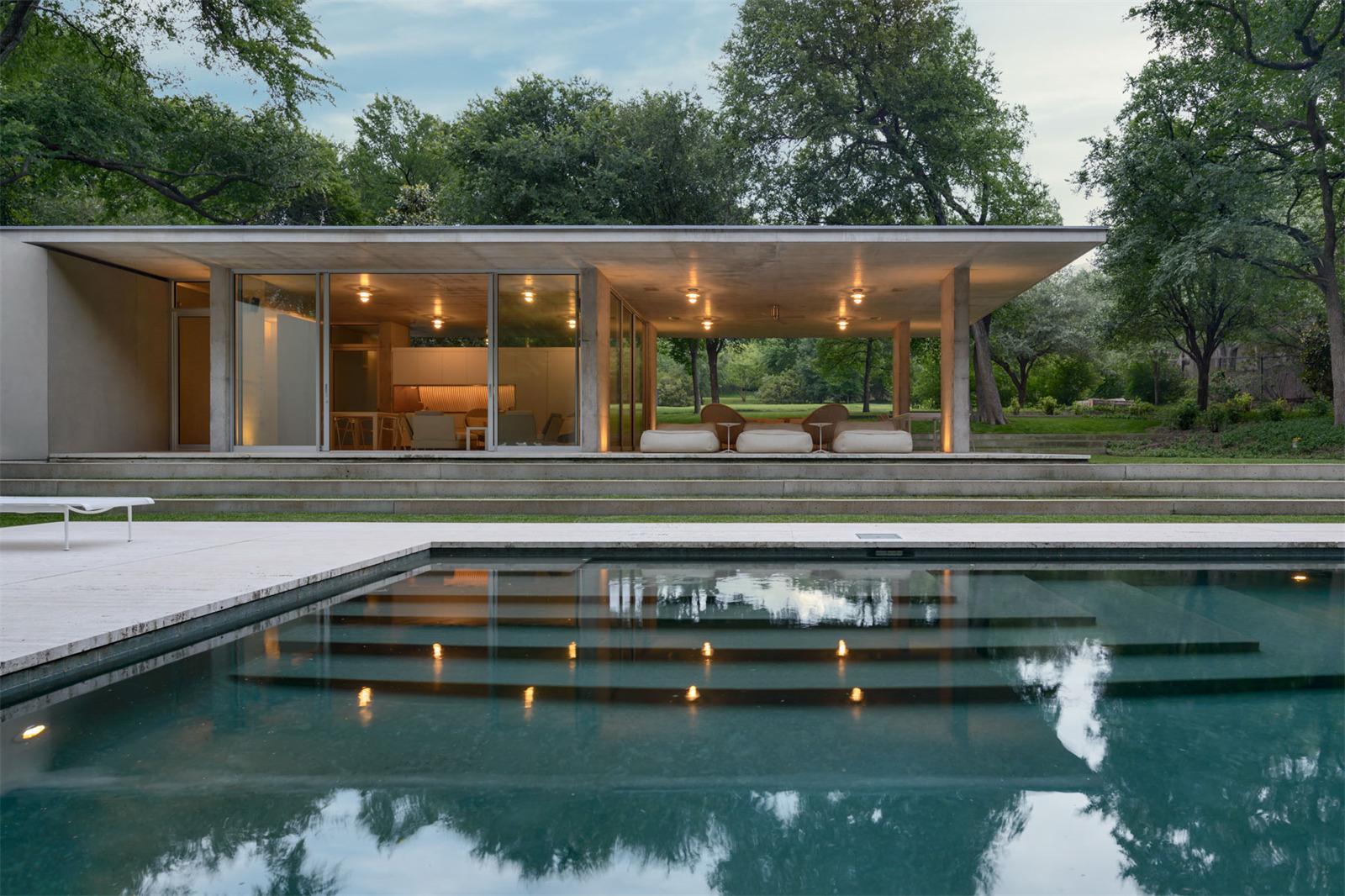 Architect Philip Johnson Home38.jpeg