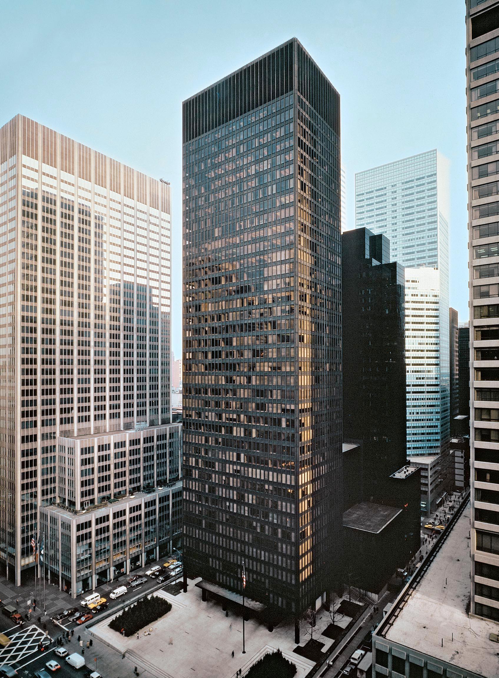 Seagram Building, Ludwig Mies van der Rohe, Philip Johnson