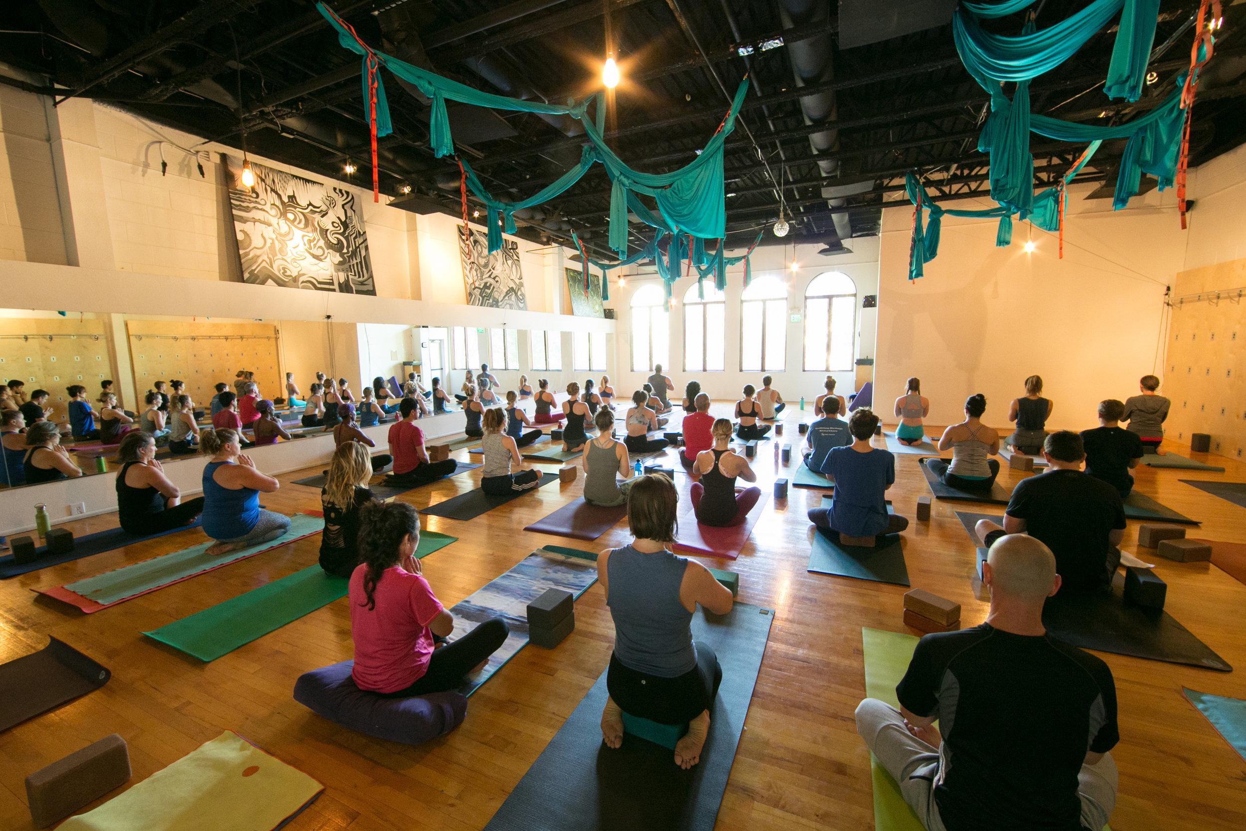 j1217_slo-yoga-center_0291.jpg