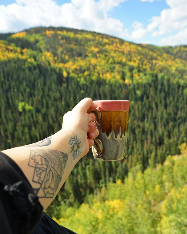 Did you know we ship our coffee throughout the US. Here's a picture one of our loyal customers @laceyslifer took while hiking in the Rockies Mountains of Steamboat Springs, Colorado. Tag @turksheadroasters or use #turksheadroasters hashtags in your photos to be featured or win free samples!