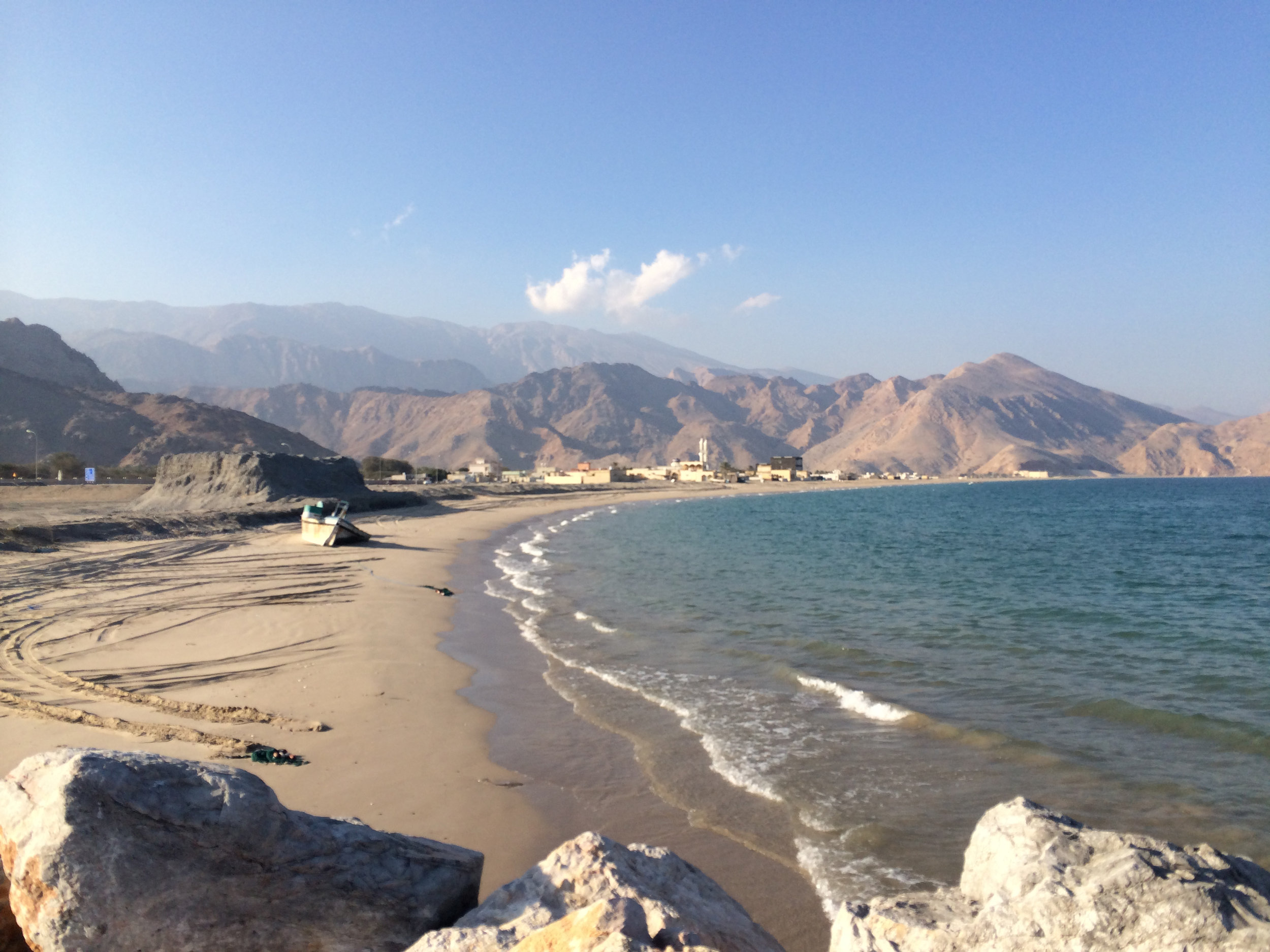Gorgeous shoreline in Lima, Oman getting ready to sail back to Dibba