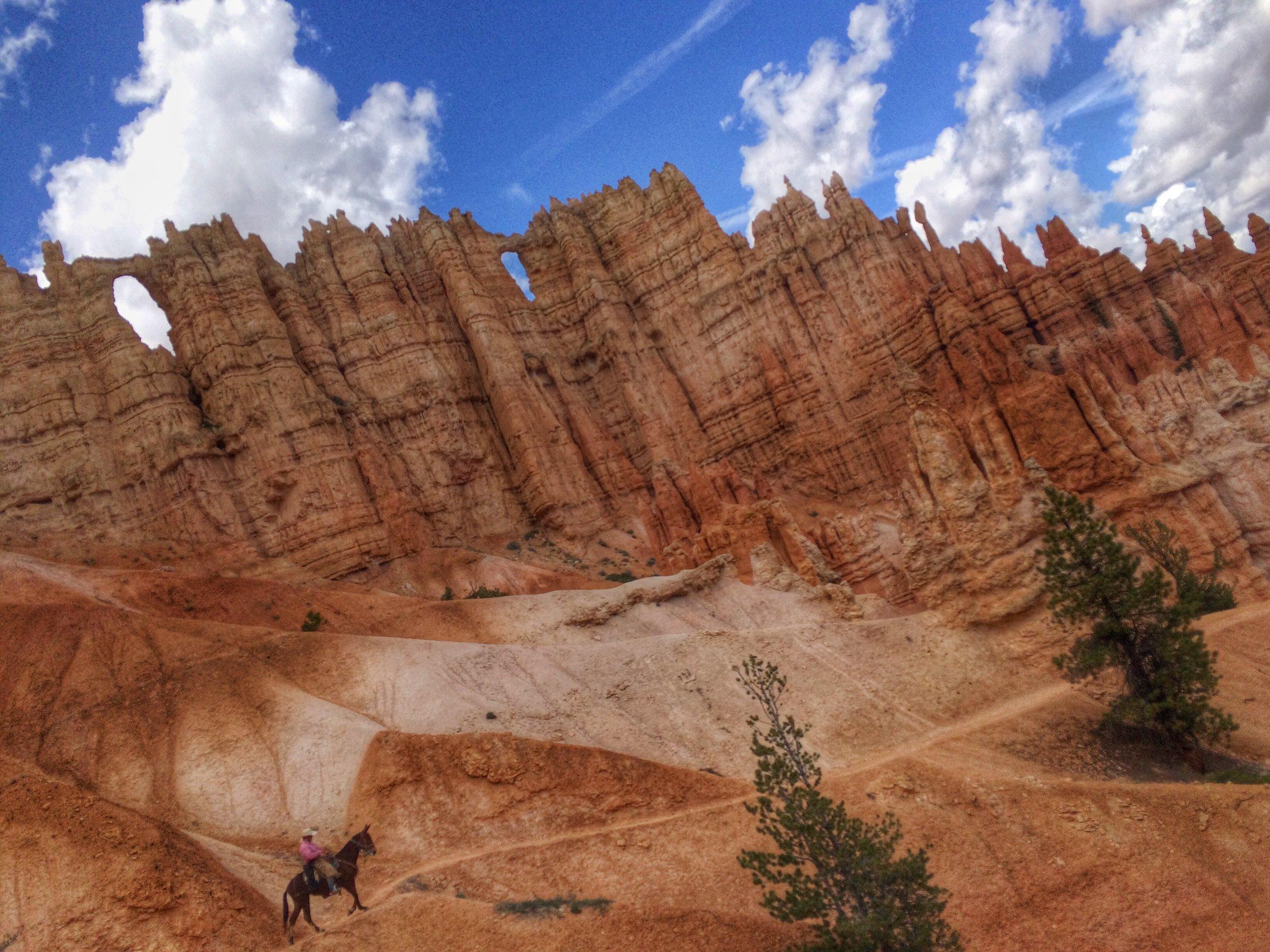 Go horseback riding into Bryce Canyon