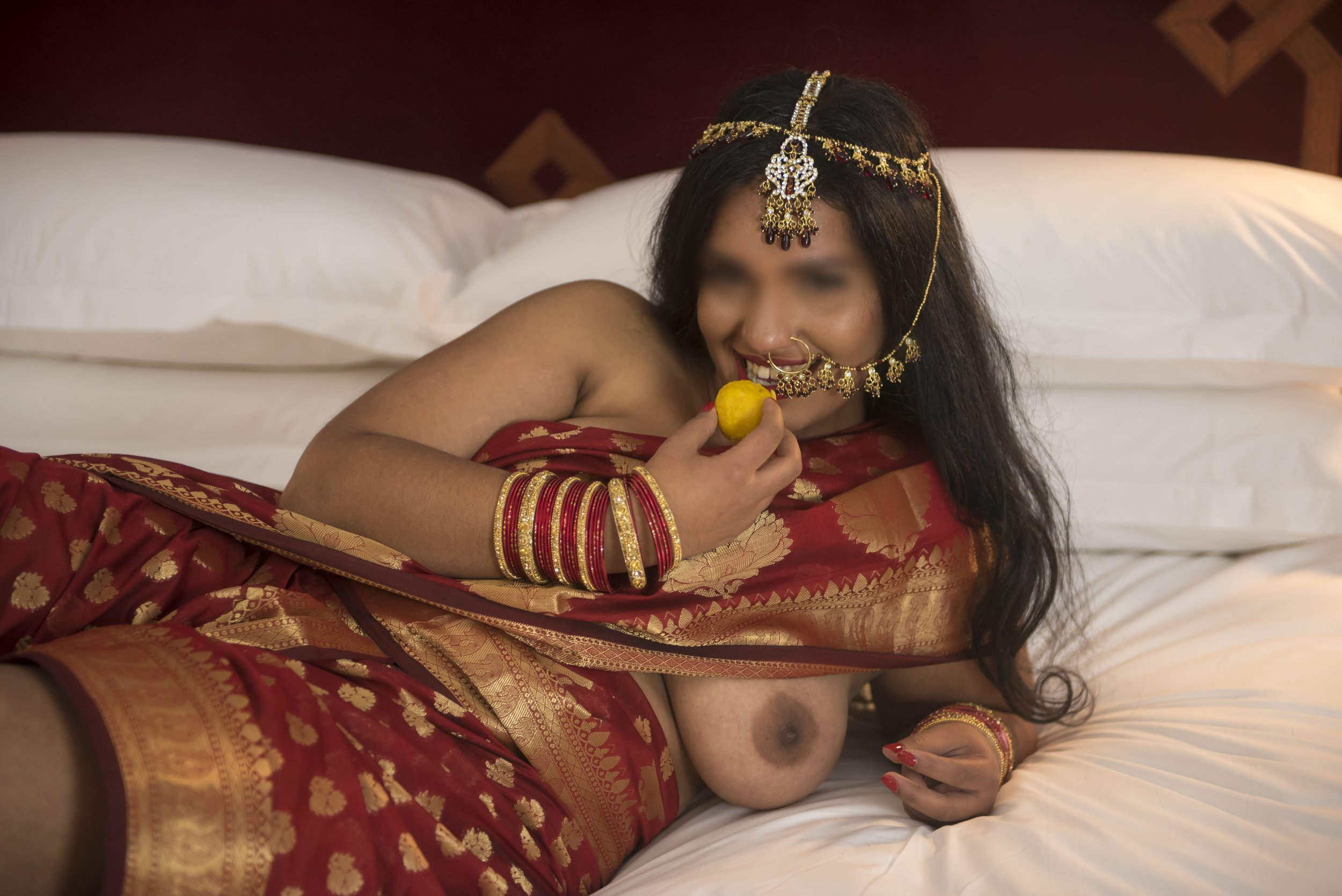 Jasmine Praveena - Adventurous muse, whimsical disciplinarian. I am in love with Jasmine's joyful and playful approach to kink and companionship. Her curves, compassion, and of course, her great taste in books has made her one of my favorite people in this world of pleasure.