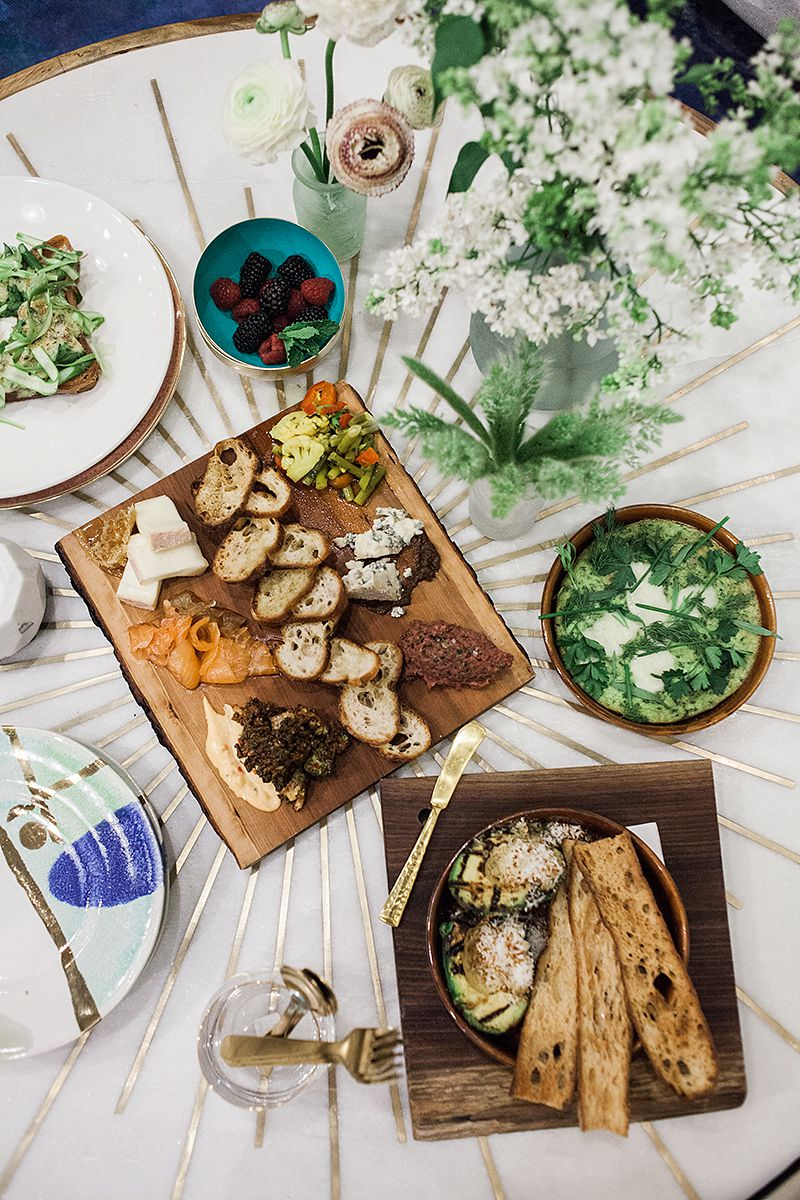 033017_Spring Dinner Party_Anthropologie PA_Buena Lane Photography_255.jpg