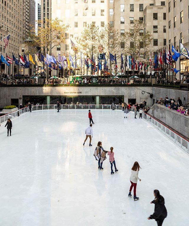 Nothing but smooth skating at the Rockefeller Center ice skating rink! @citihabitats #LiveTheCity