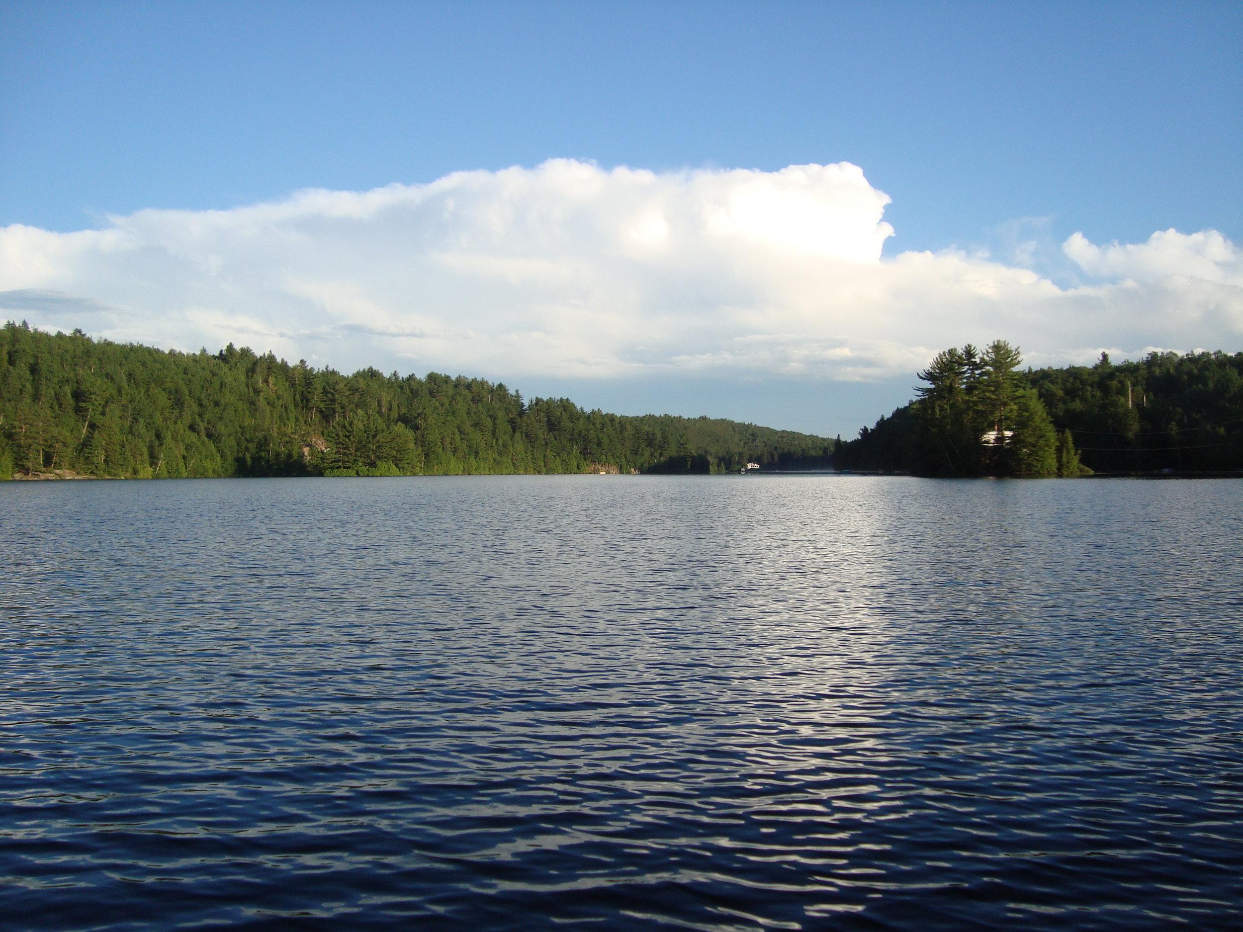 2010 Vue du lac.JPG