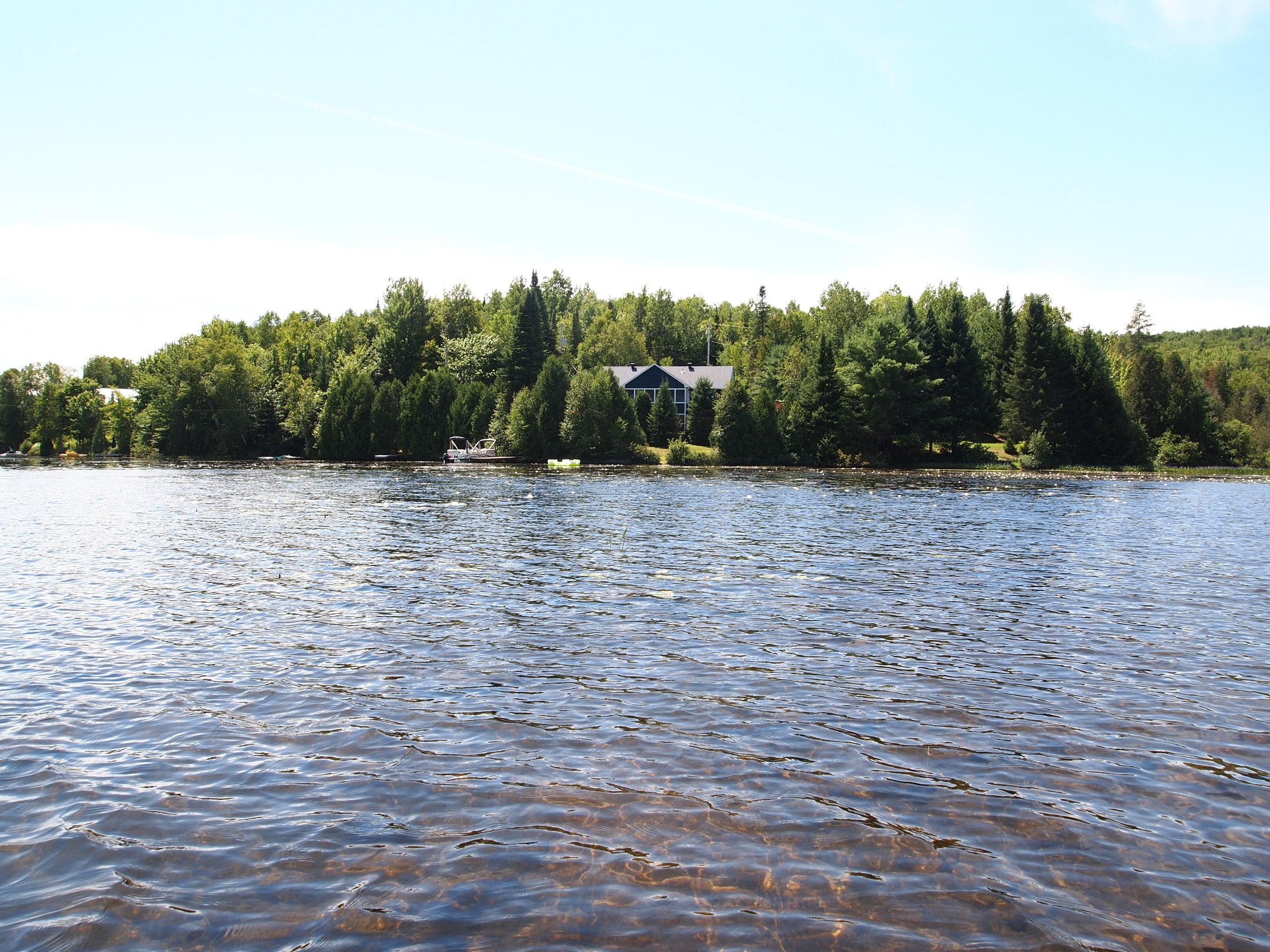 2012 Vue du lac.JPG