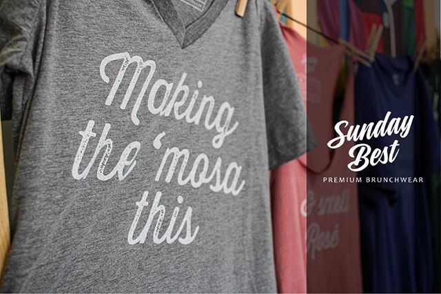 Are you making the mosa this #sundayfunday?  #brunch #brunchoutfit #brunchoutfits #denverfoodie #mimosa #mimosas #sundaybrunch #sundaybrunching #denverbrunch