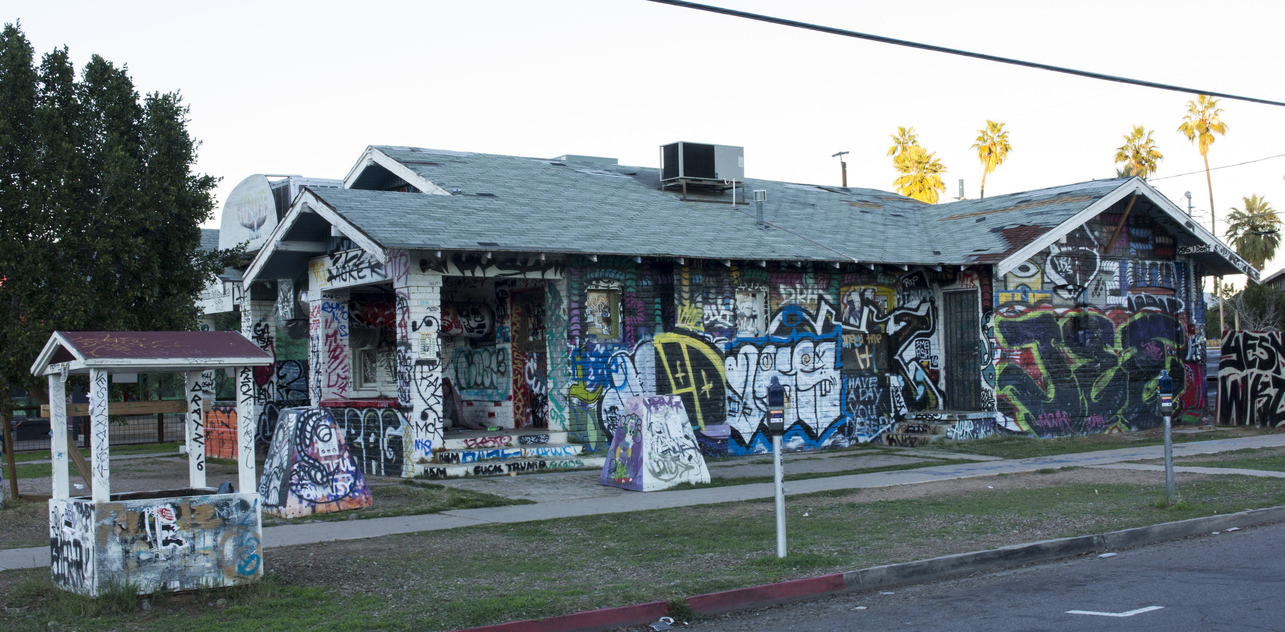 Graffiti house on the corner of E Garfield and 5th St. Photo by Brandon Salaz.