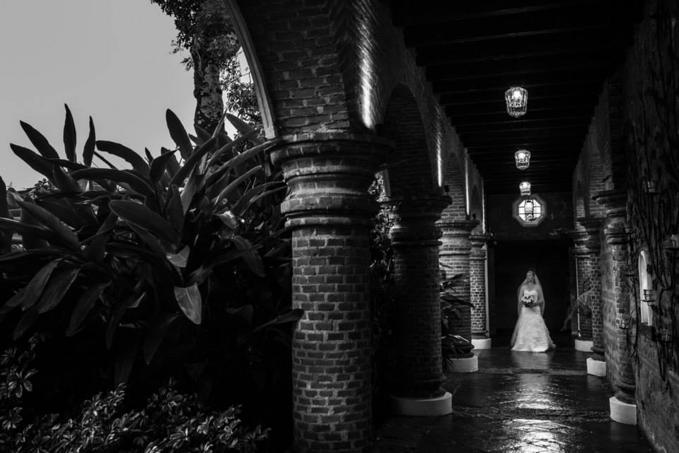 bridefriends-guide-to-destination-weddings-podcast-blackdesti-black-destination-bride-2017-lea-funkhouser-antigua-guatemala-episode-5-bride.jpg
