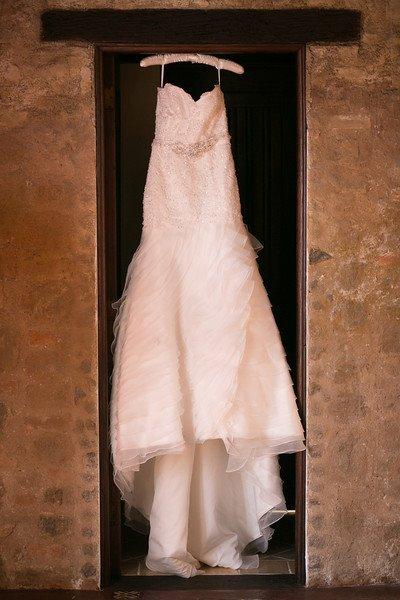 bridefriends-guide-to-destination-weddings-podcast-blackdesti-black-destination-bride-2017-lea-funkhouser-antigua-guatemala-episode-5-dress.jpg